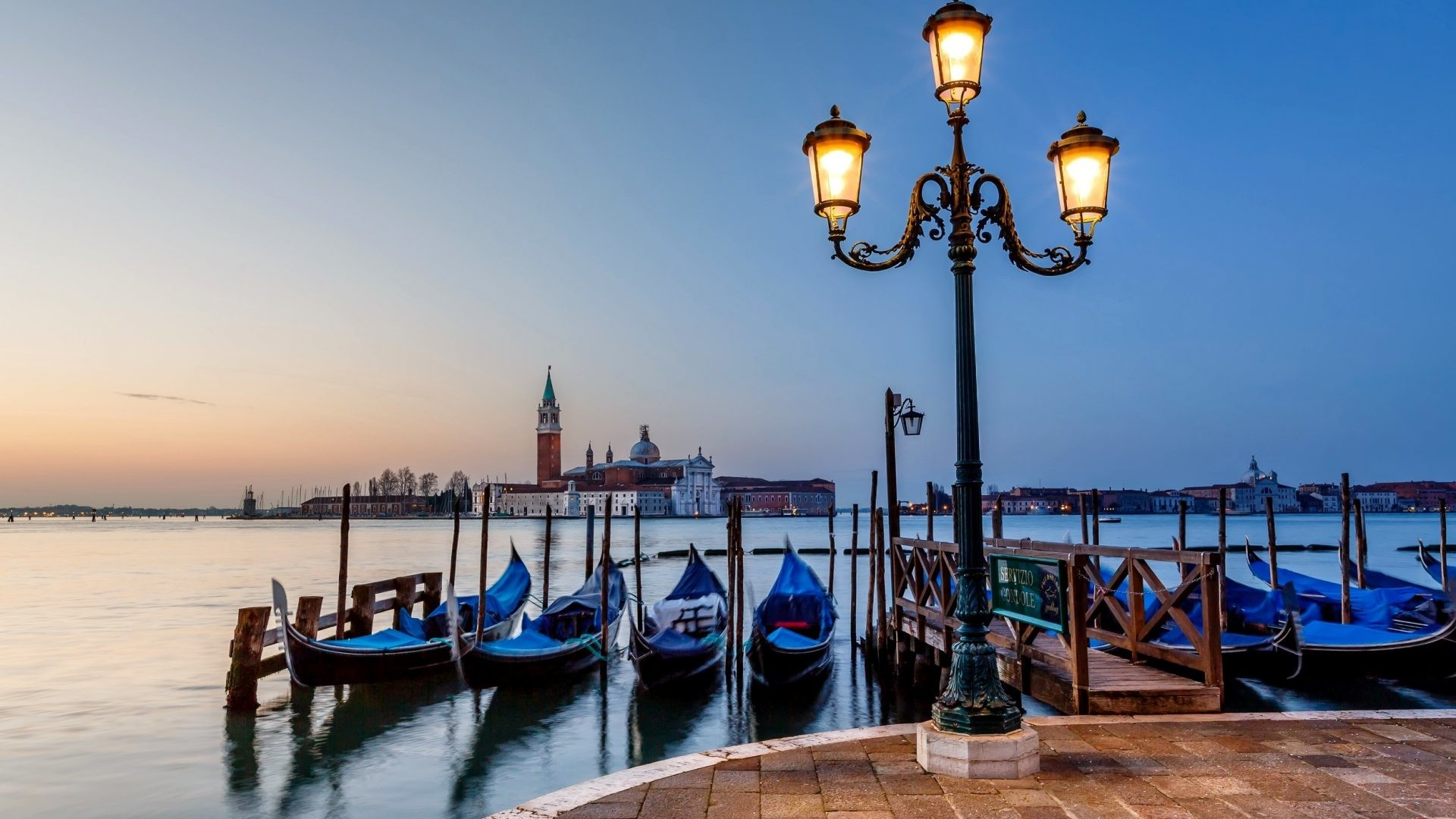 1920x1080 Italy Tag - Gondolas Sea Venice Sky Italia Lanterns Clouds Nature Italy  Water Sunset Girl Wallpaper