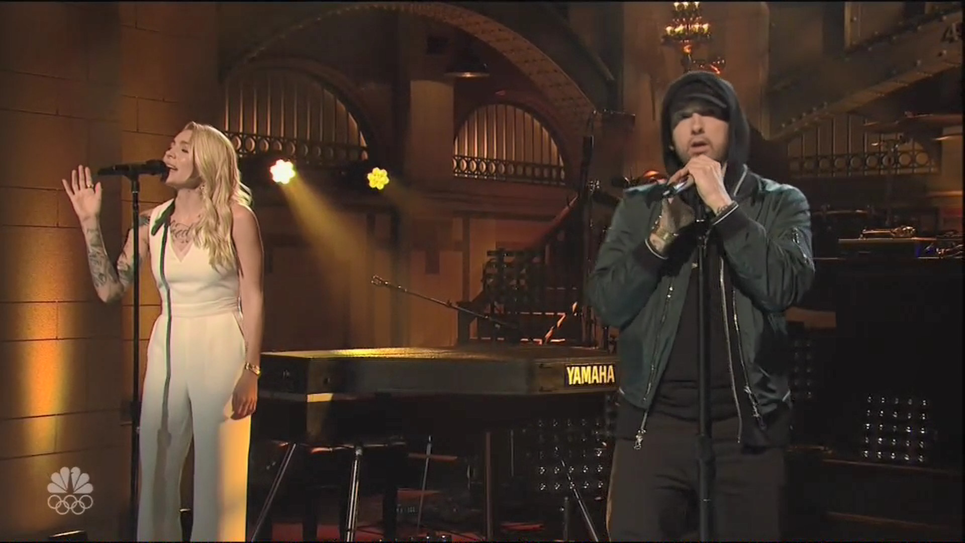 "1920x1080 Eminem was the musical guest on ""Saturday Night Live"" on Nov. 18 and he  brought Skylar Grey along for a performance that started with his new  single ""Walk ..."