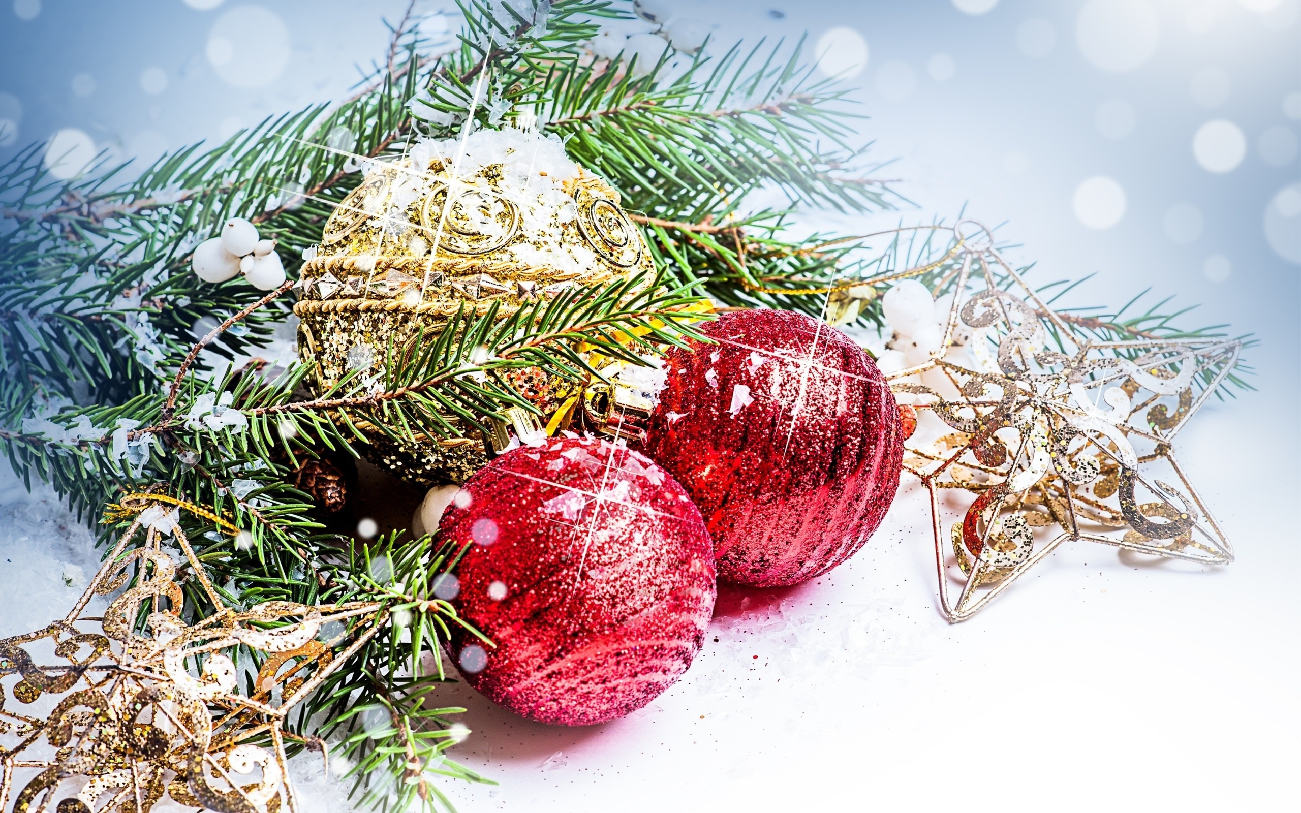 2560x1600 New Year, Snow, Christmas Ornaments, Leaves, Stars, Decorations
