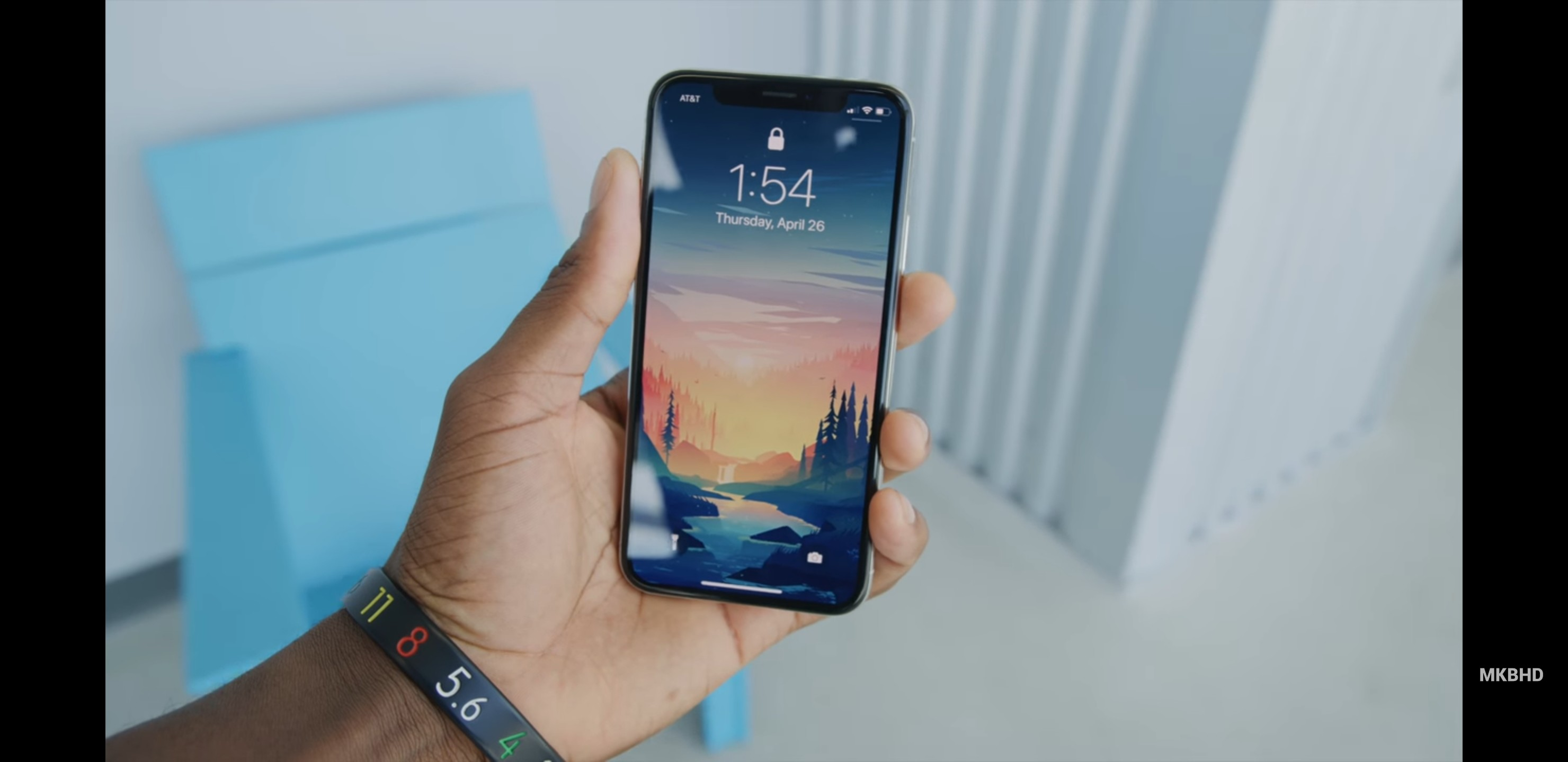 2960x1440 Trying to find this wallpaper from the iPhone X revisited video.