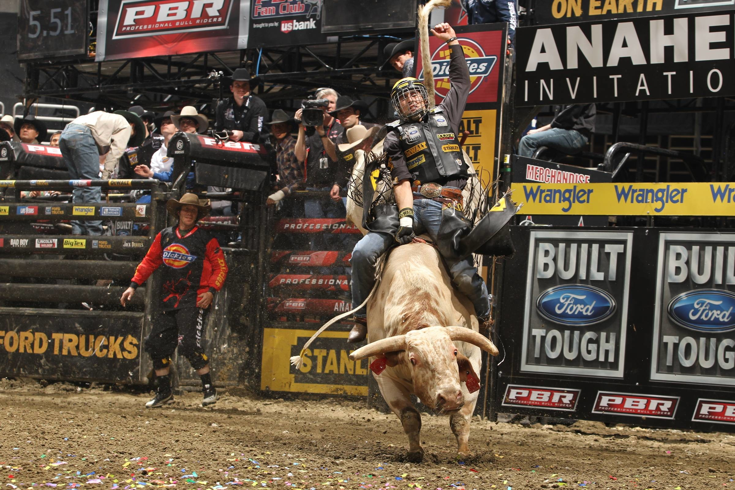 2400x1600 Images For > Pbr Bull Riding Wallpaper