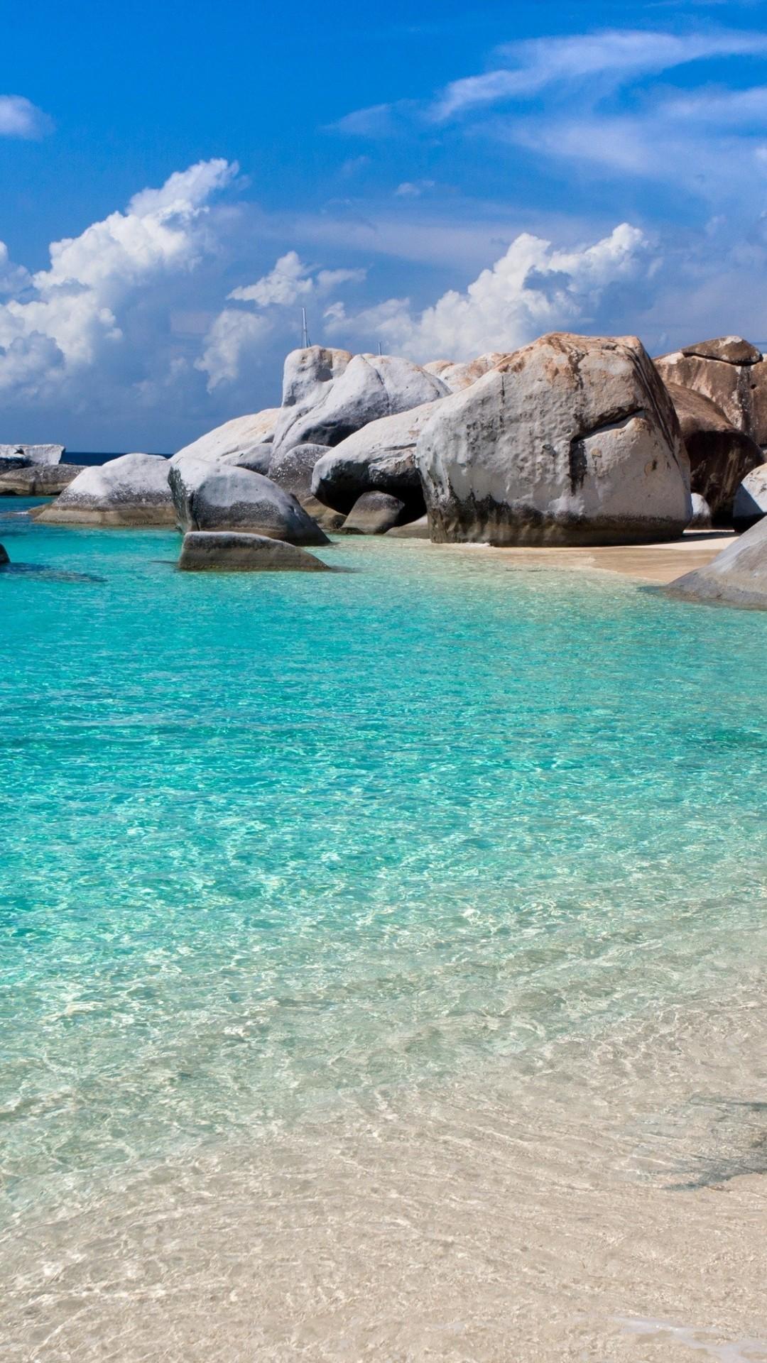 White Beach HD Desktop Background .