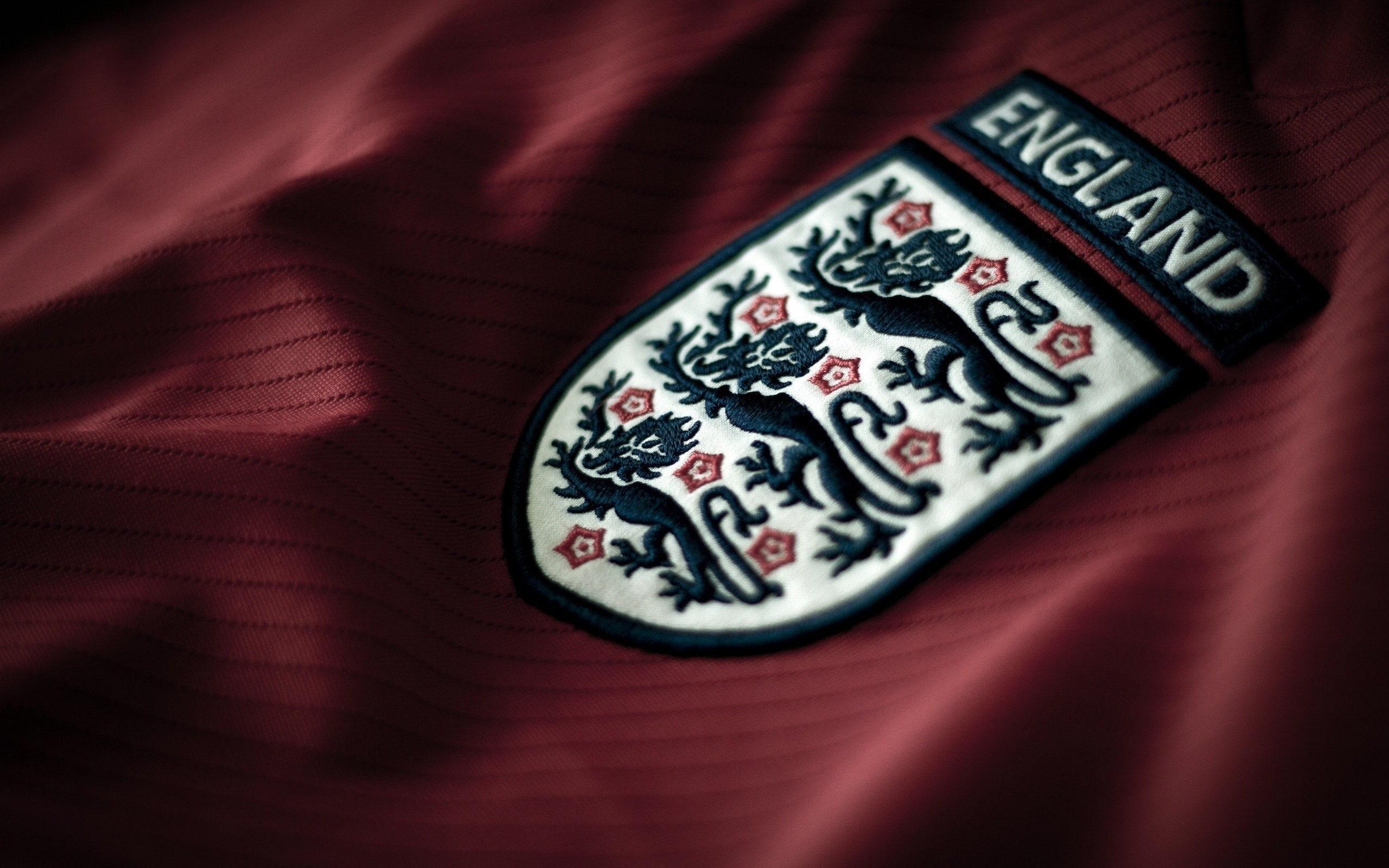 2560x1600 england-football-logo-wallpaper