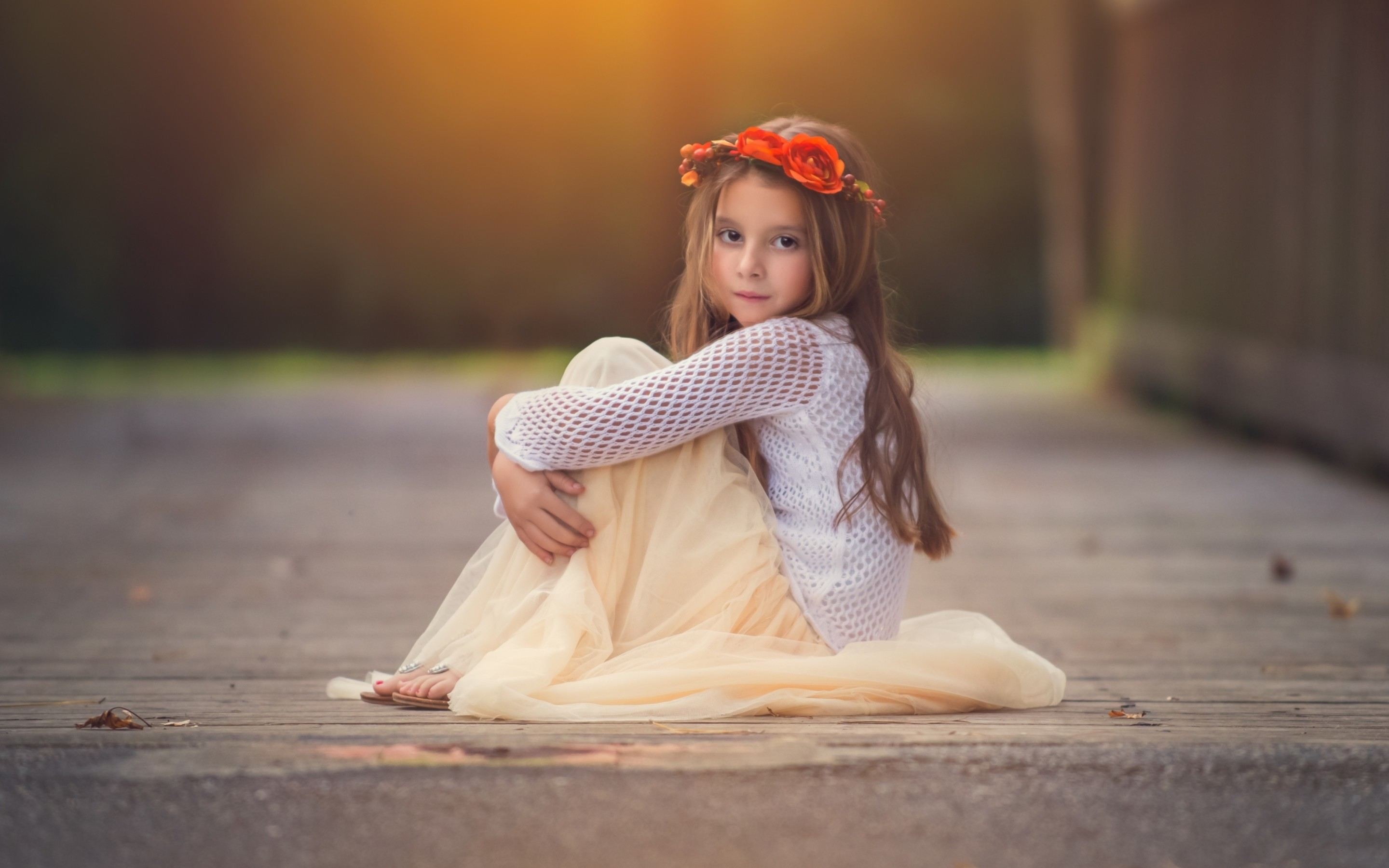 2880x1800 Download Free Lovely Baby Girl Wallpaper.