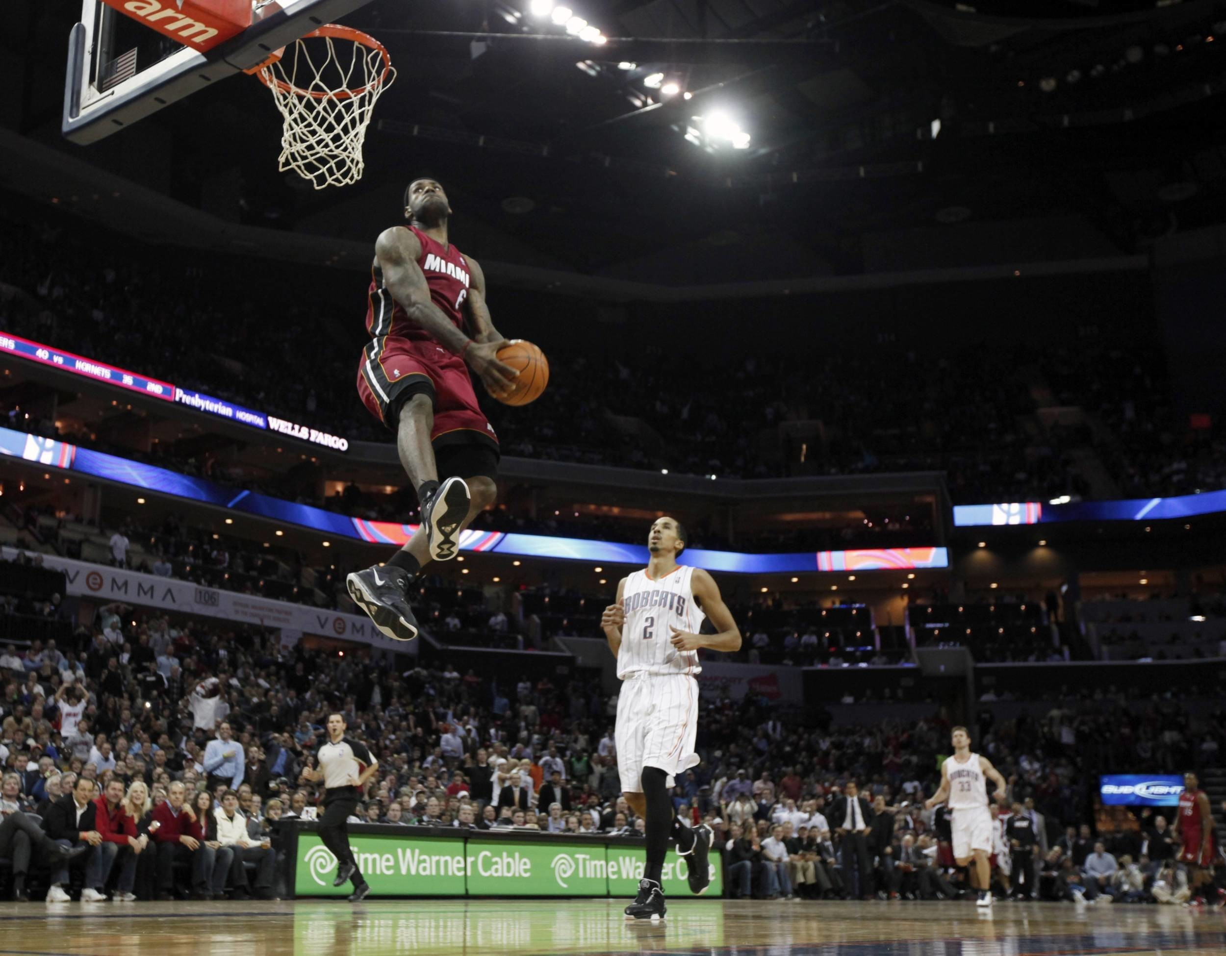 2500x1950 cool-lebron-james-wallpaper-dunk-2500×1950-large-resolution-WTG3065879