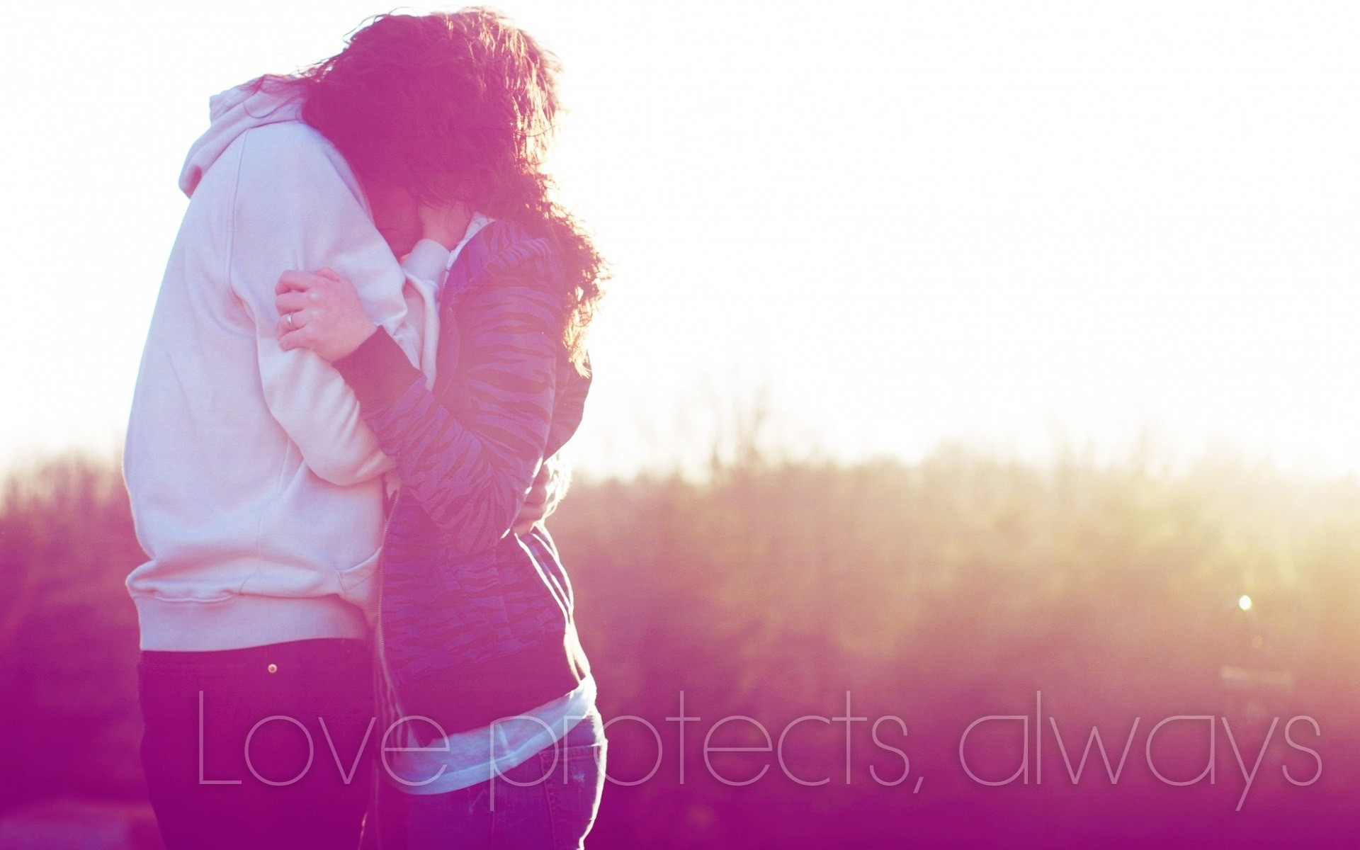 1920x1200 love-protect-always-couple-hugs-and-kisses-wallpapers