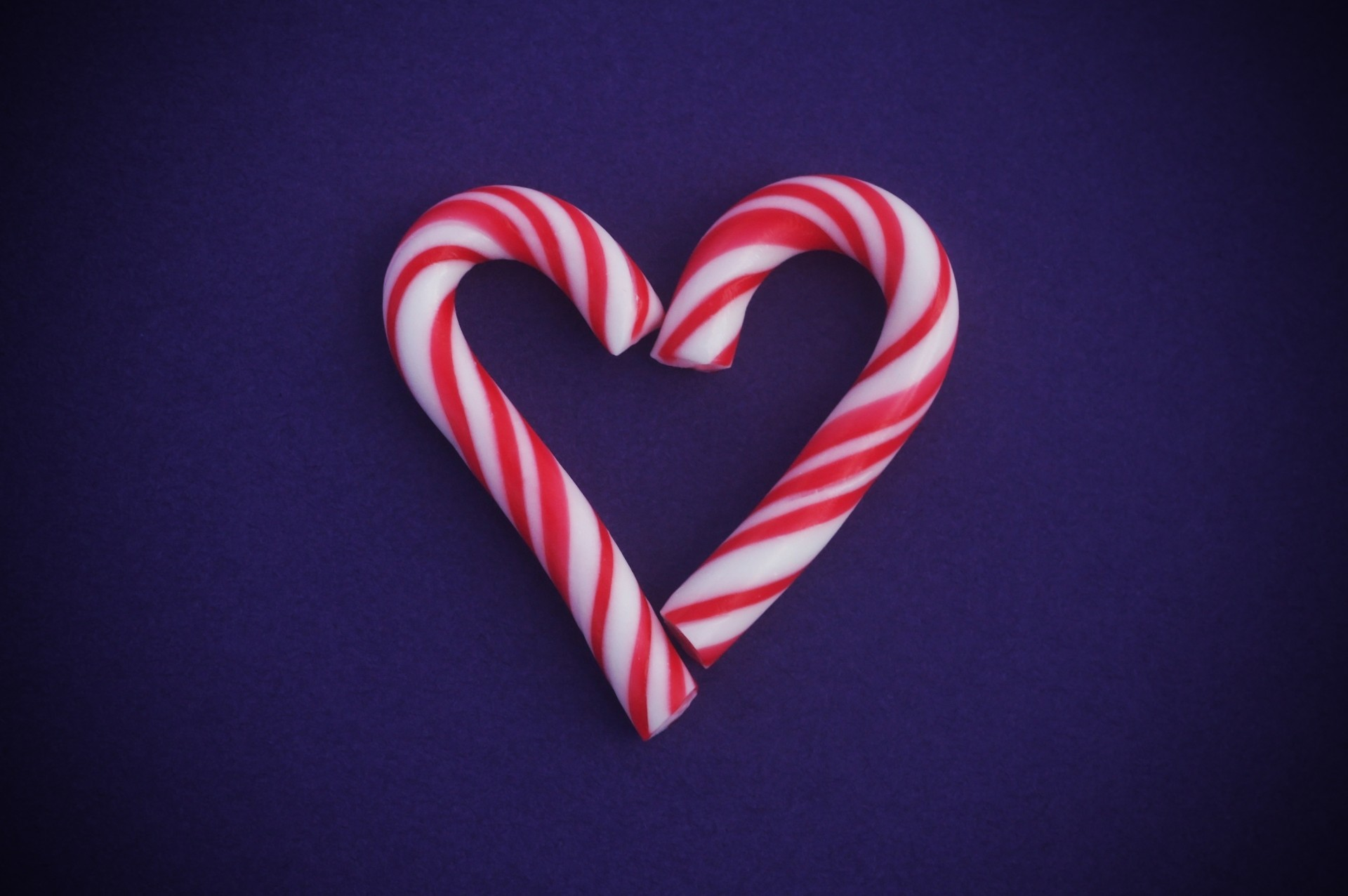 1920x1276 Heart Candy Canes