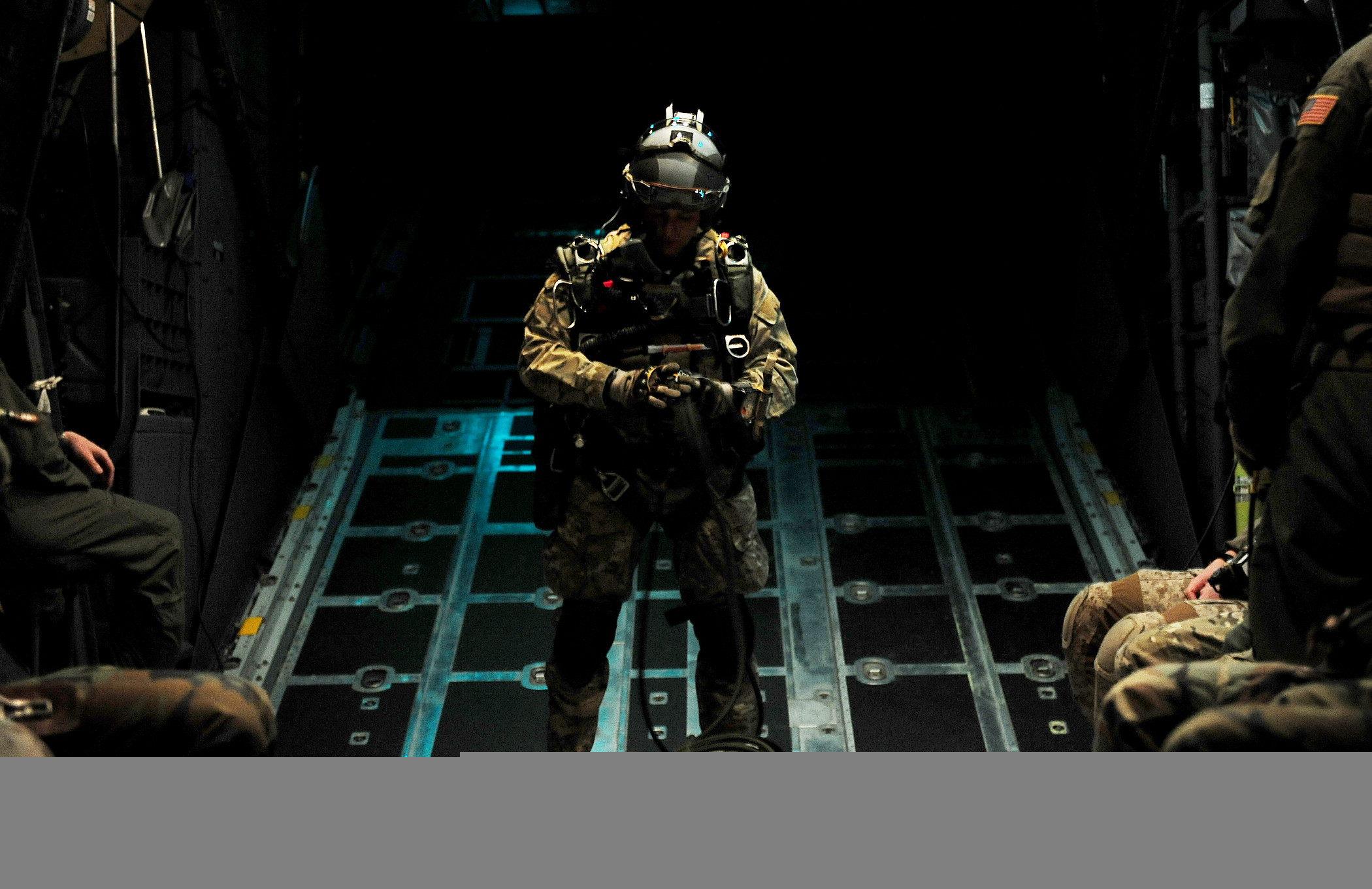 2100x1362 Airmen of the U. Air Force Special Tactics Training Squadron prepare to  conduct a high altitude, low opening or HALO, mission near Fort Walton  Beach, Fla., ...