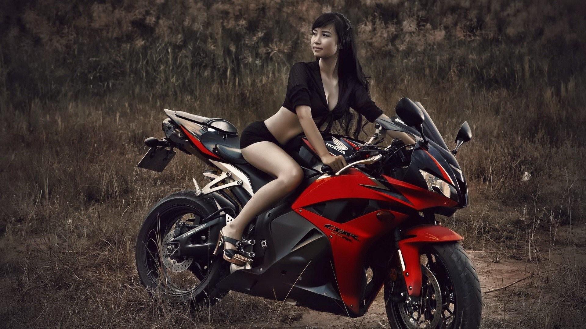 Motorcycle Girl Wallpaper: Chopper Girls Motorcycle Wallpaper (73+ Images