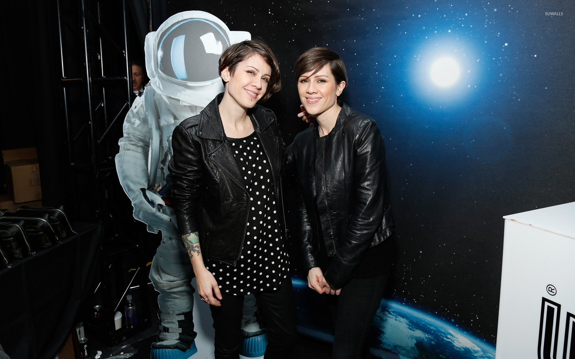 1920x1200 Tegan and Sara [11] wallpaper  jpg