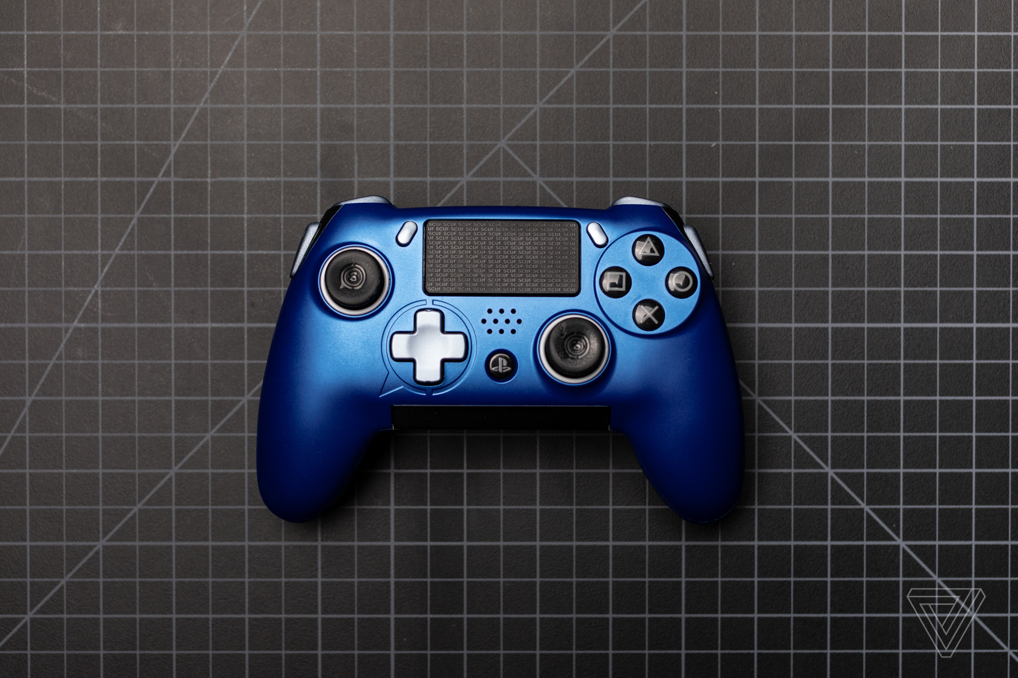 2040x1360 The Scuf Vantage reimagines the PS4 controller, but with some big flaws