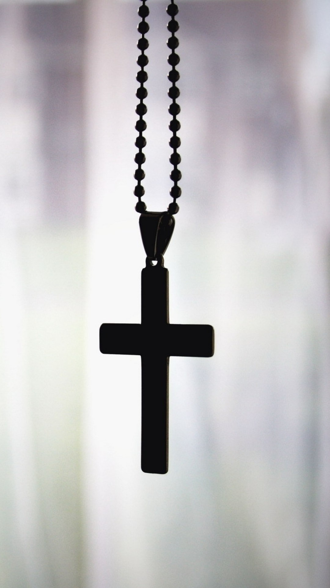1080x1920 Preview wallpaper cross, pendant, chain, faith, christianity, orthodoxy