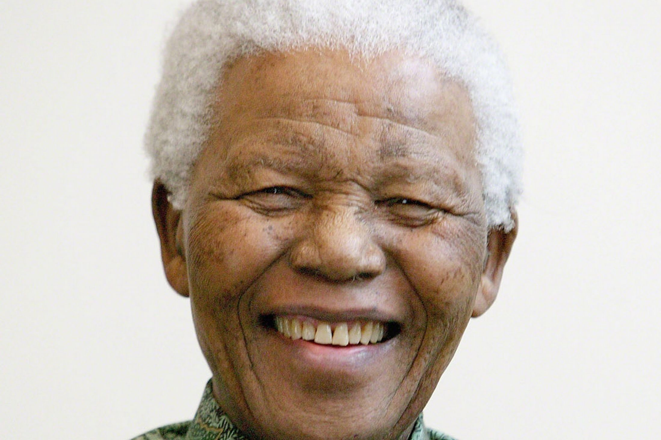 Neil Phillips quizzed for 8 HOURS by police after Nelson Pictures of the late nelson mandela