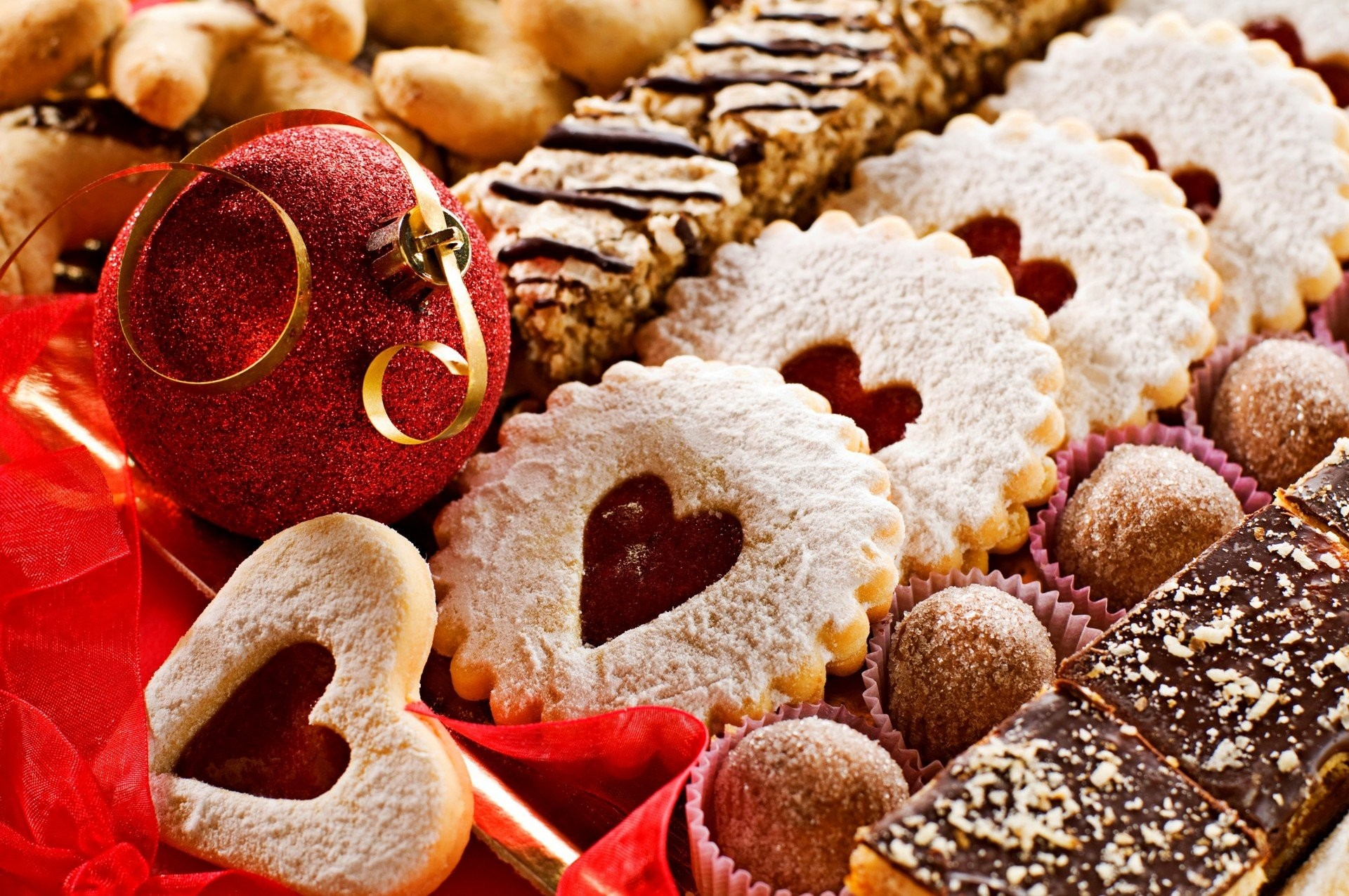 1920x1275 heart cupcakes heart cookies candy holiday belt new year balls decoration  food a merry christmas christmas