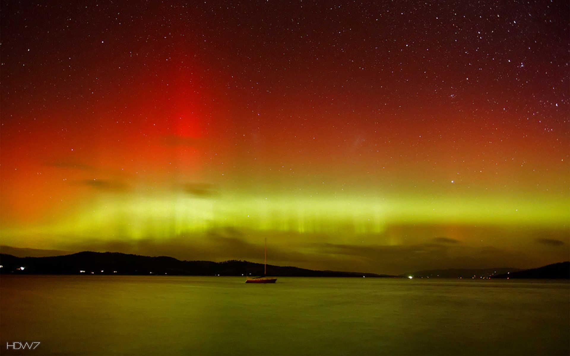 1920x1200 southern lights of tasmania