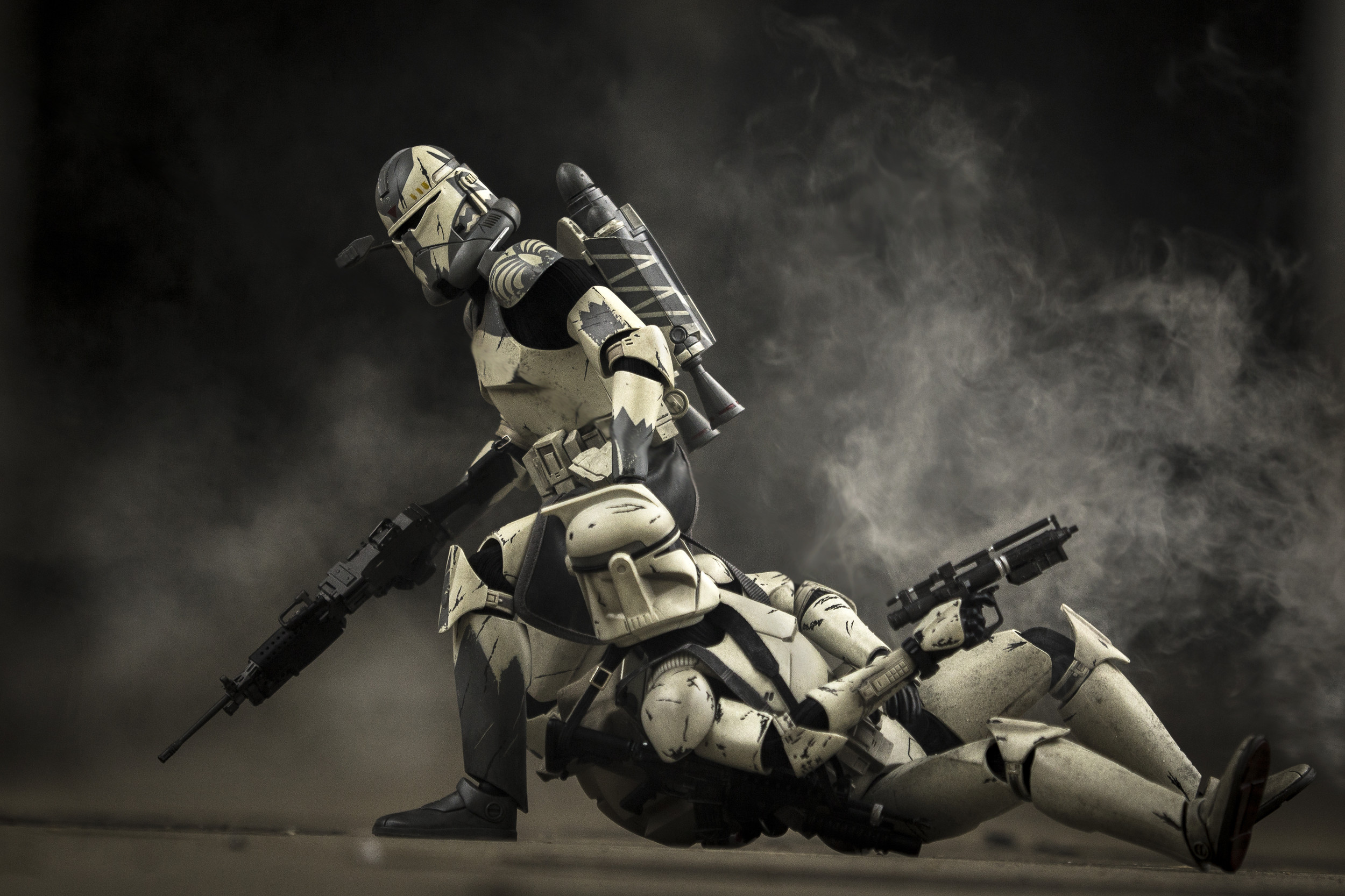2500x1666 Clone Commander drags a wounded clone out of a kill zone after being