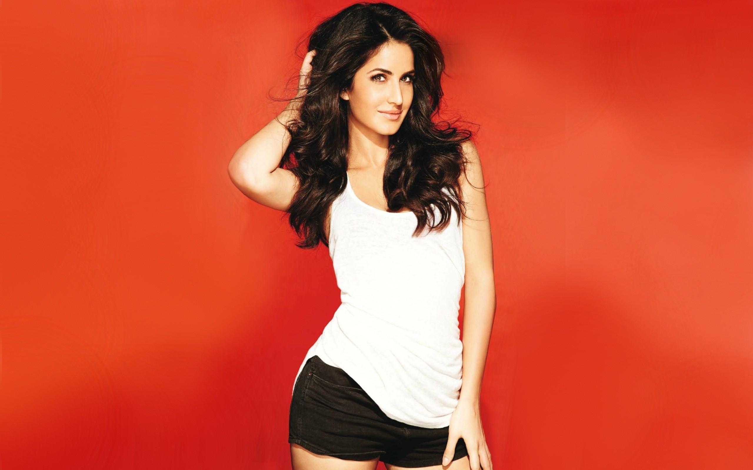 Bollywood Hungama Wallpapers Celebrities - WallpaperSafari