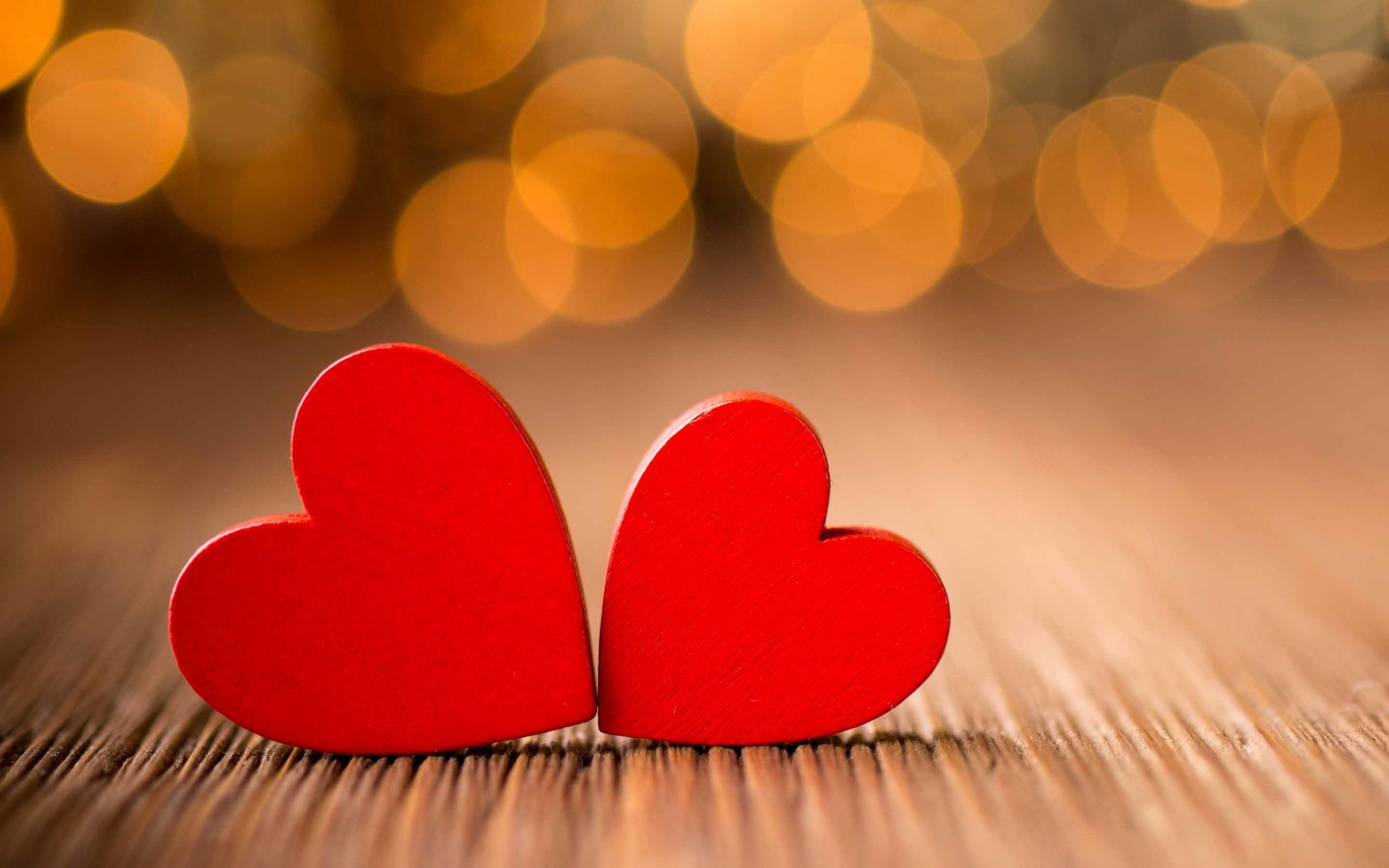 2880x1800 Two red heart couple love symbol hd wallpaper