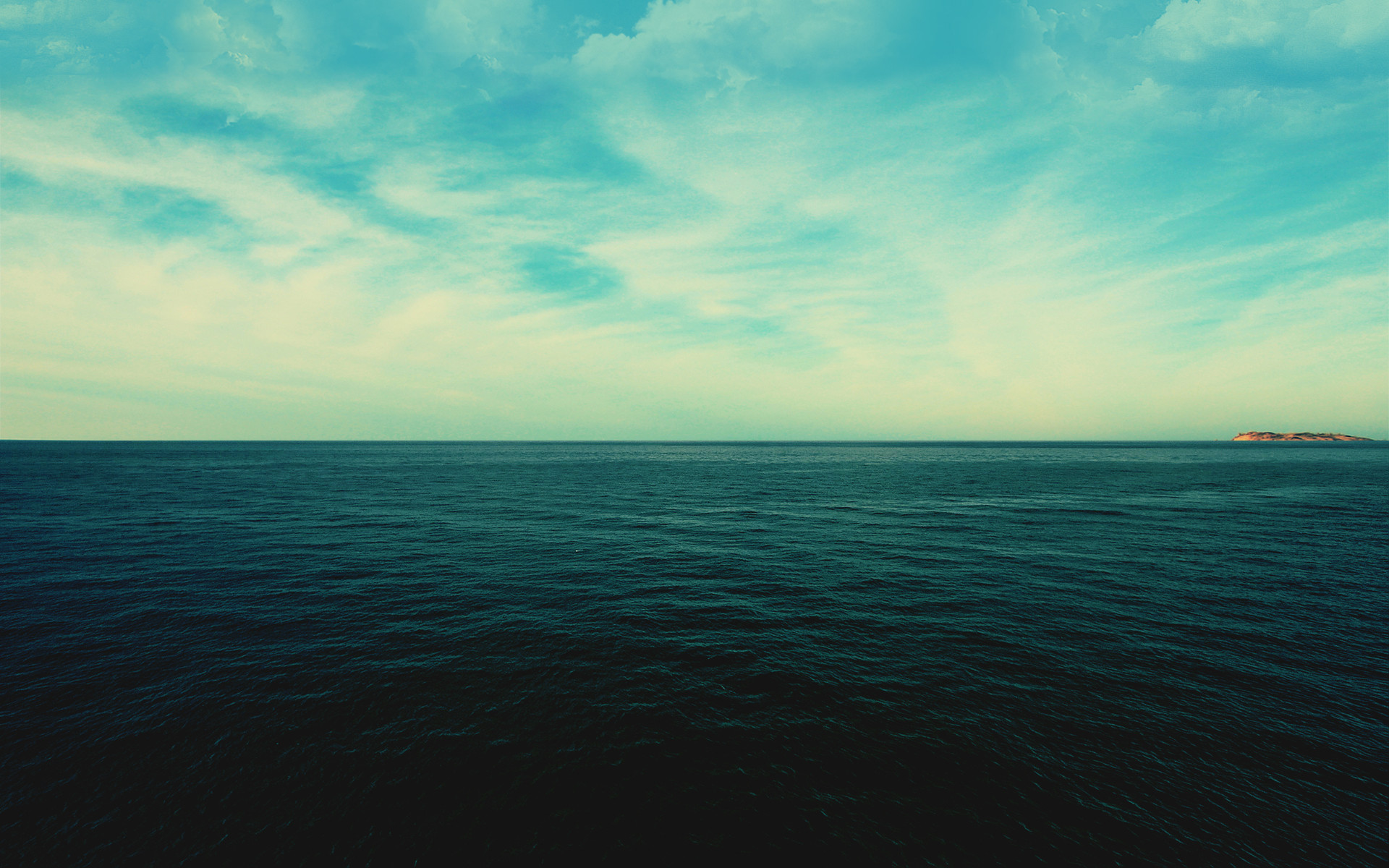 1920x1200 green ocean wallpaper
