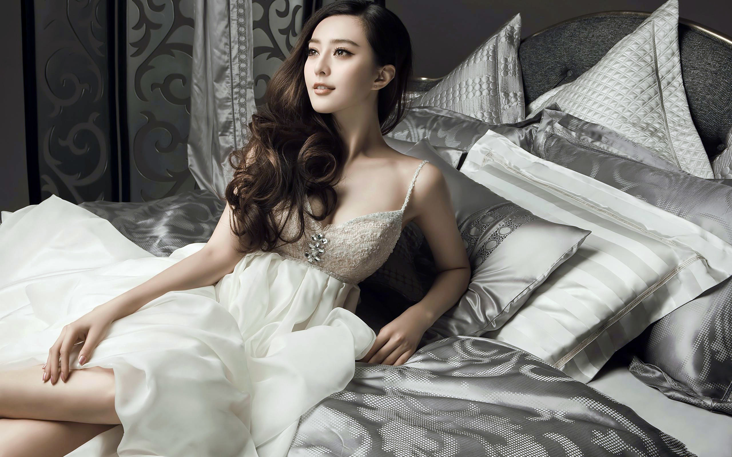 2560x1600 ... Image Gallery of Li Bingbing Ada Wong Wallpaper ...