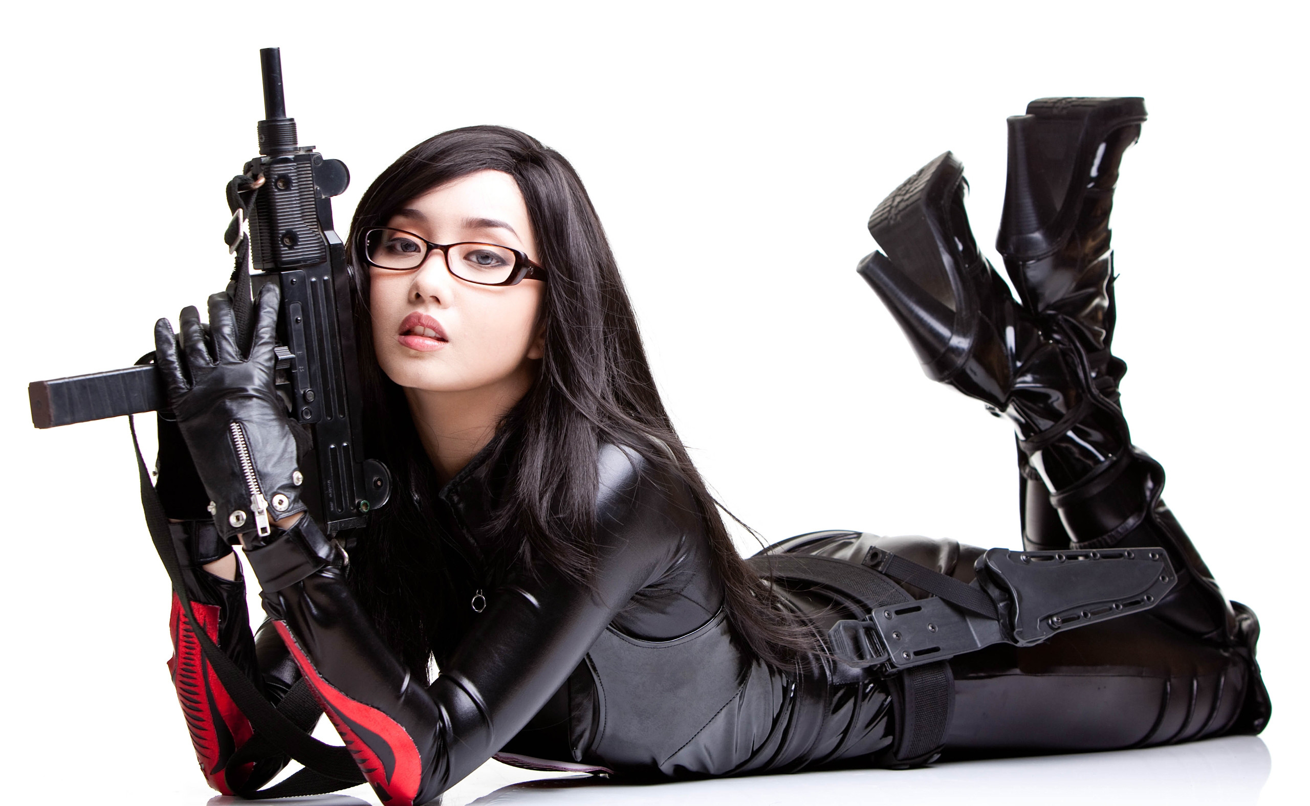 Girl with gun wallpaper 55 images 3532x1987 free computer wallpaper for girls and guns voltagebd Gallery