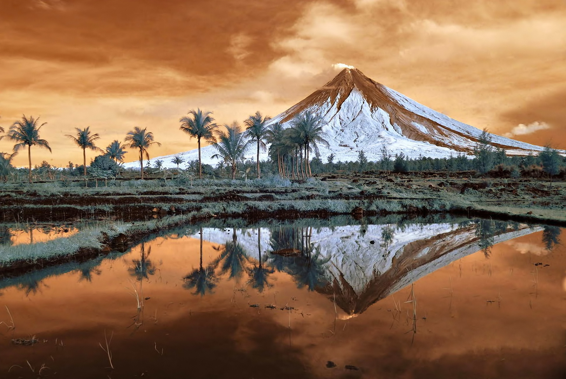 1920x1285 mountain, luzon,landscape, volcano mount, cool, display, philippines, cute,  amazing,hd wallpaper, reflection, mayon, lovely, trees, nature, Wallpaper HD