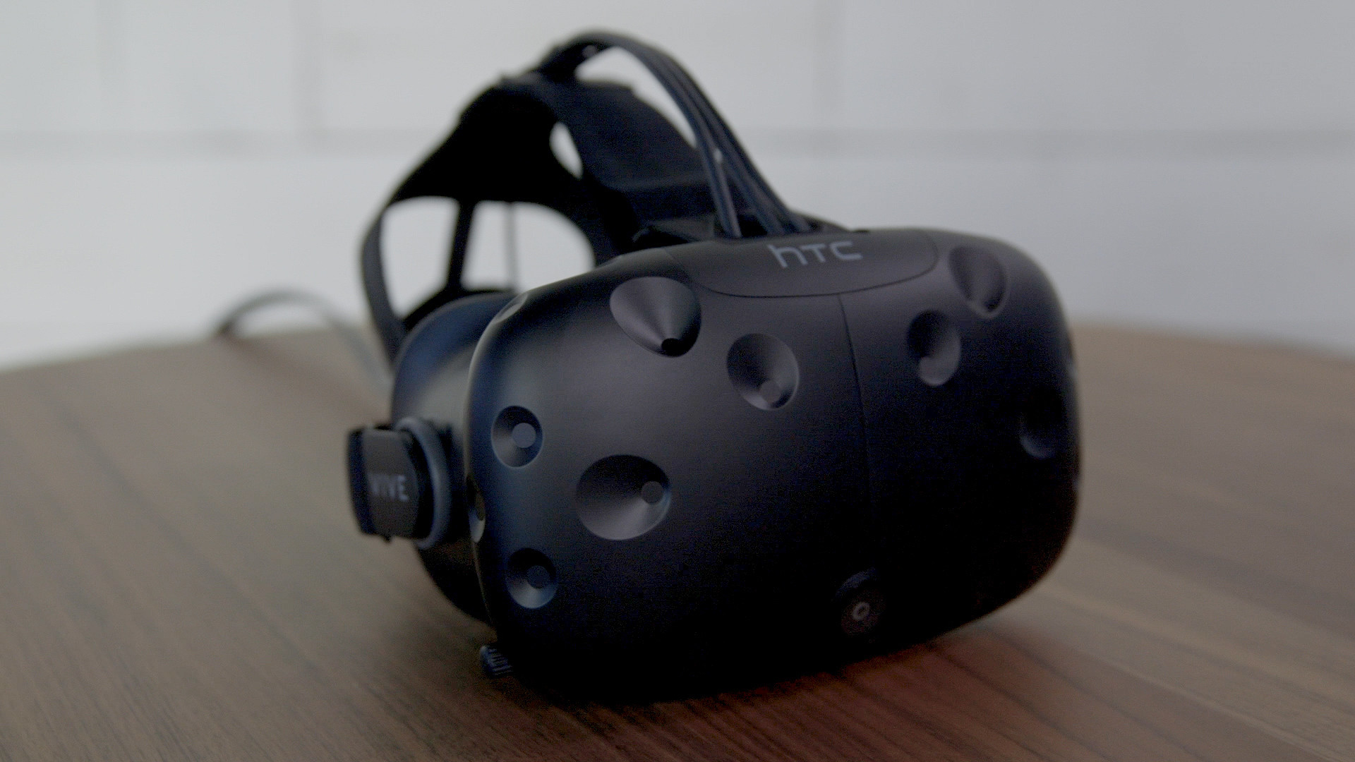 1920x1080 HTC Vive review: Reach out and touch the virtual world