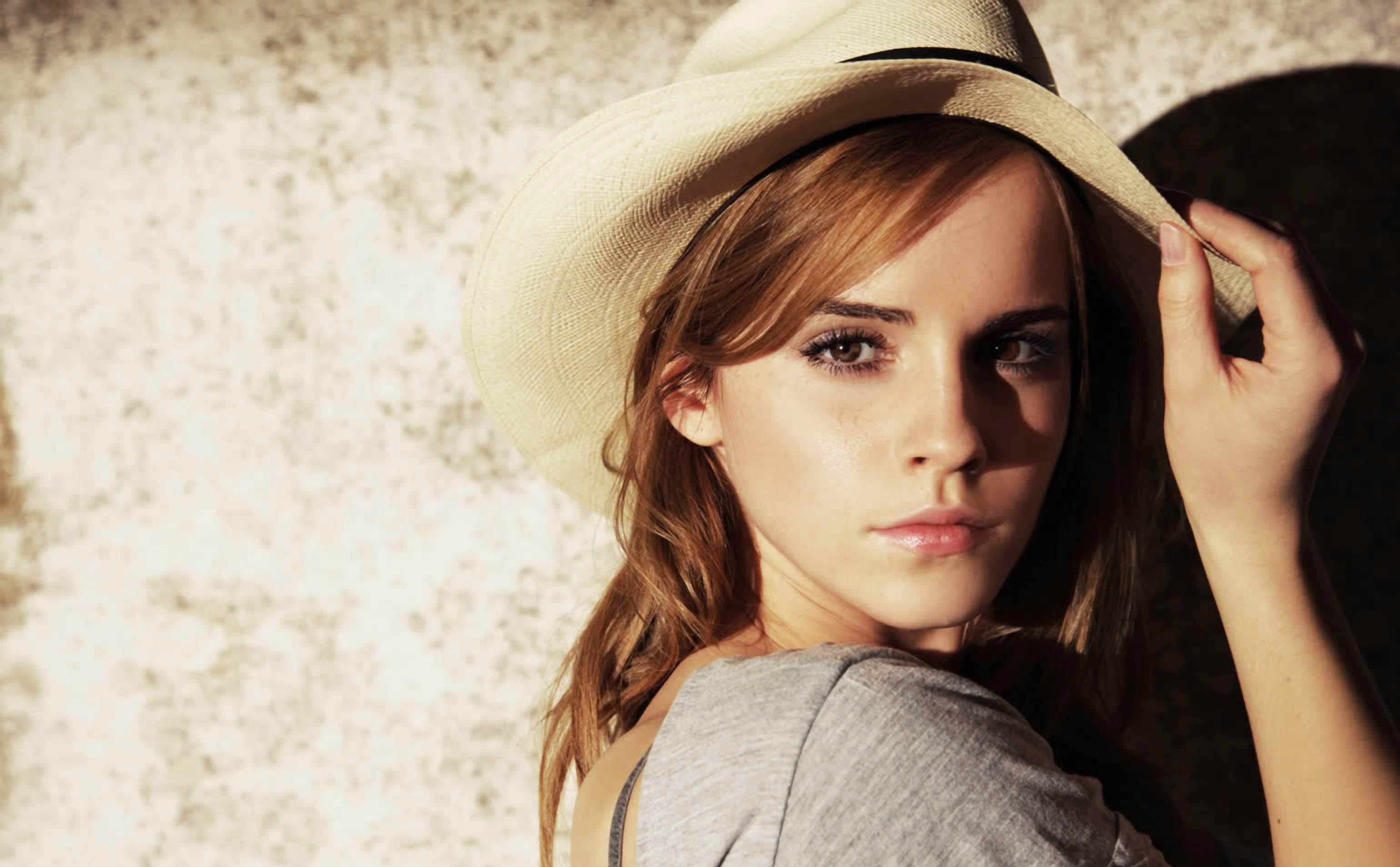 Emma Watson HD Wallpapers p