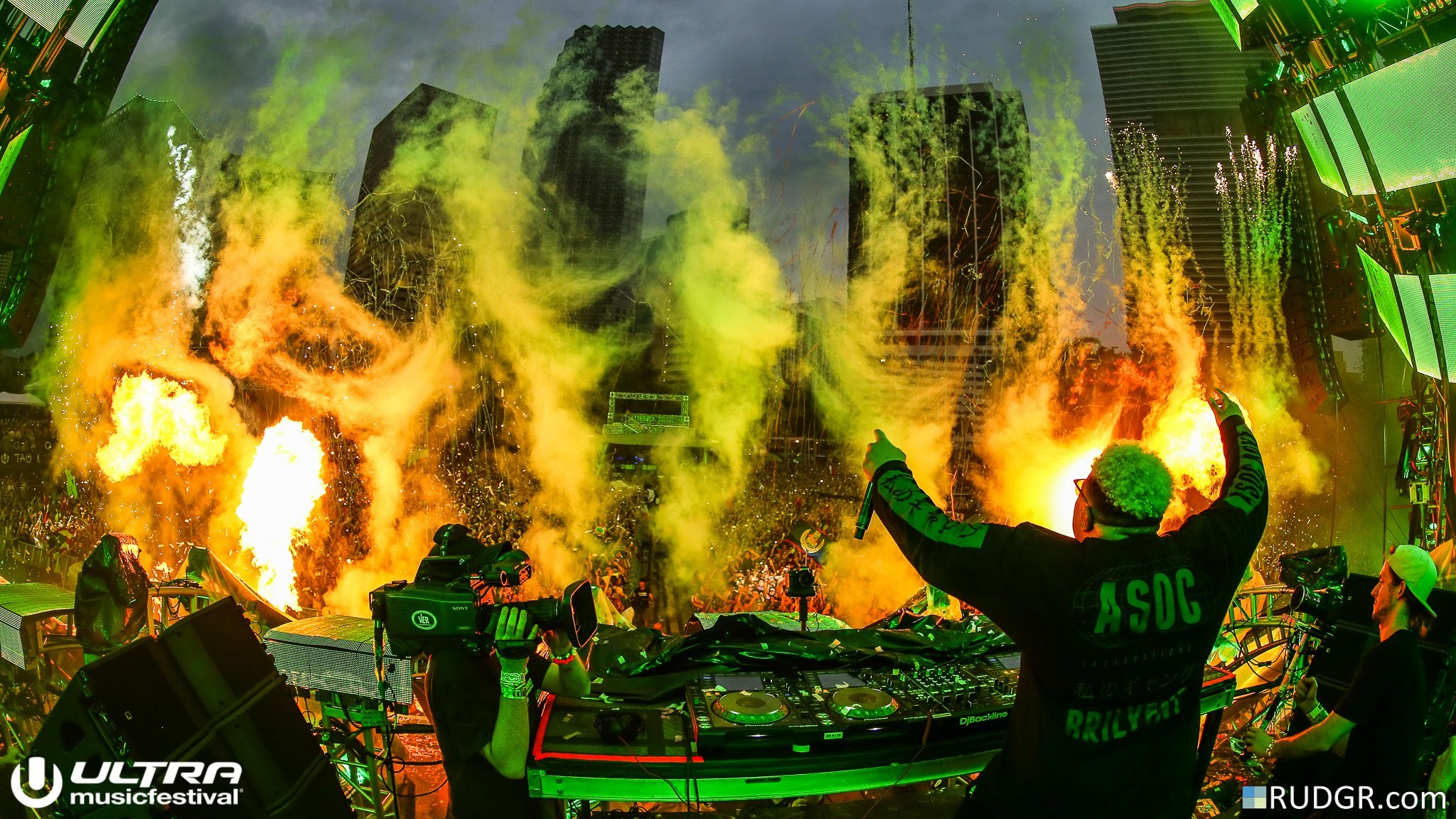 2048x1152 Carnage - Ultra Music Festival (Miami 2016 - HD Full Set) #RIPULTRA -  YouTube