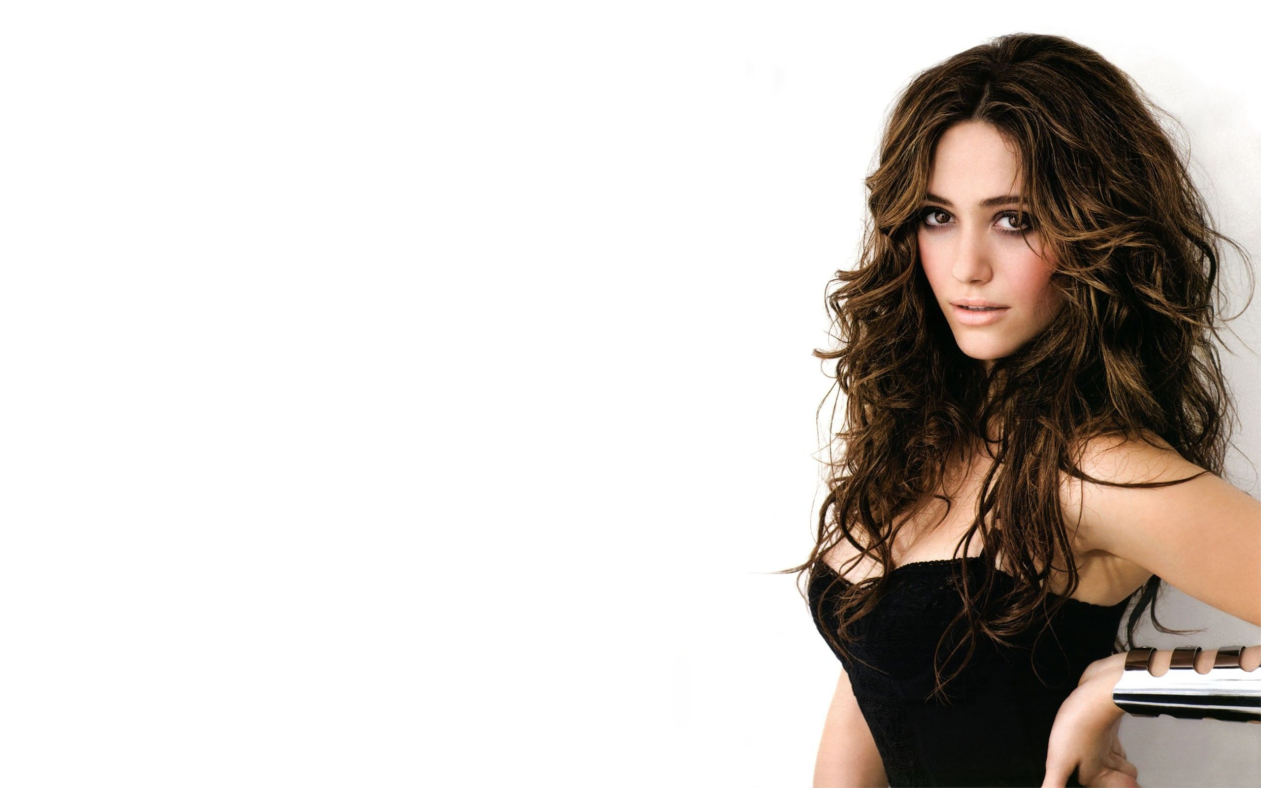 2560x1600 Emmy rossum Country Girl Images.
