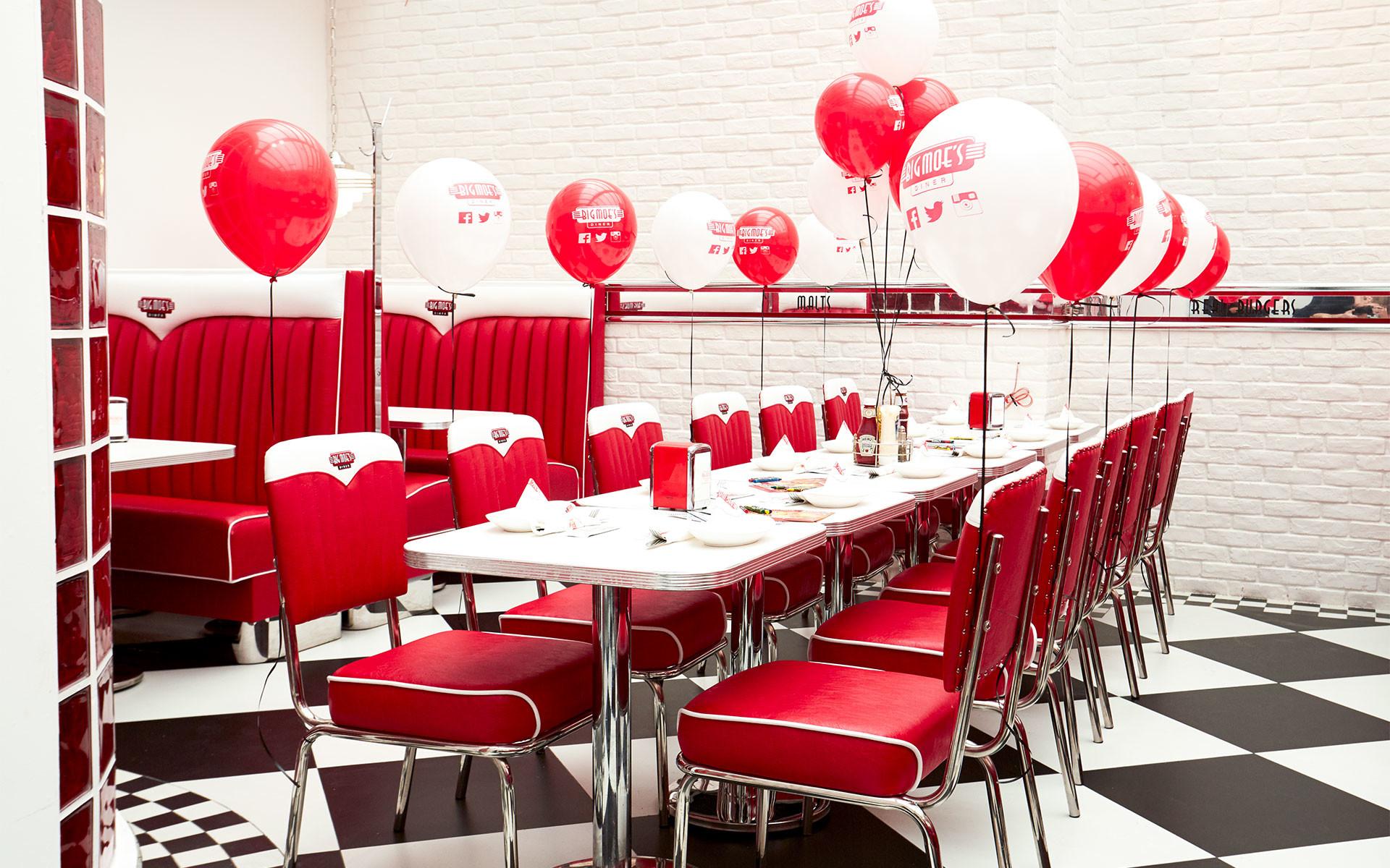 50s Diner Inside
