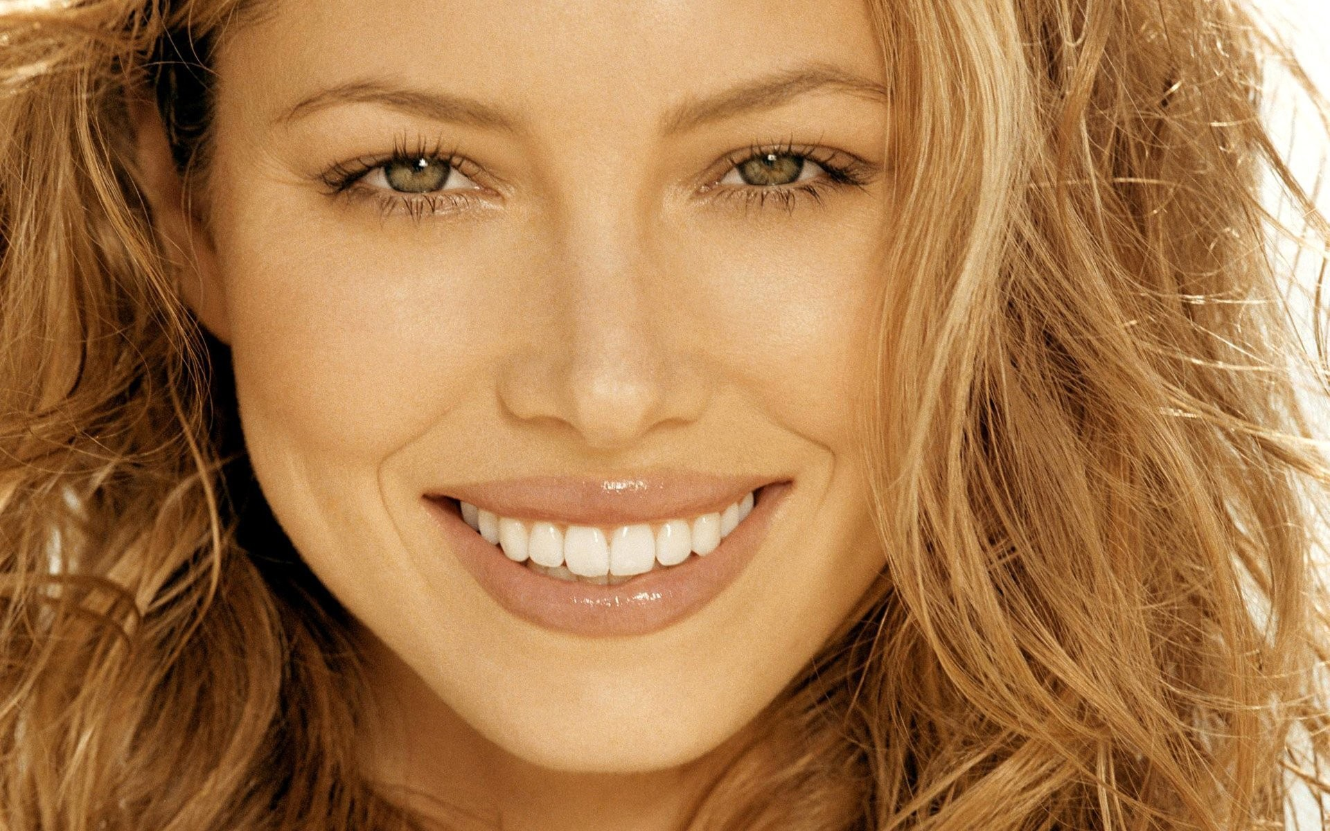1920x1200 jessica biel jessica biel actress producer director screenwriter beautiful  beauty mood beautiful smile radiant eyes celebrity