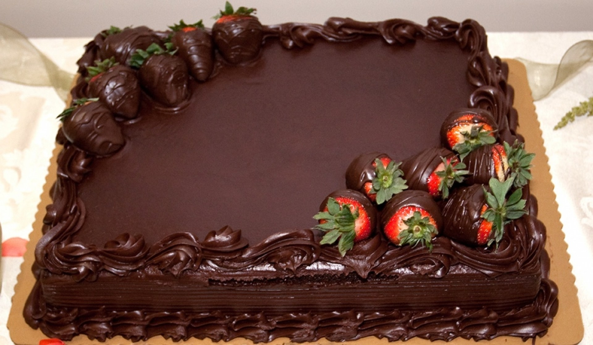 1920x1118 Photos of happy birthday big chocolate cake images desktop wallpapers hd.