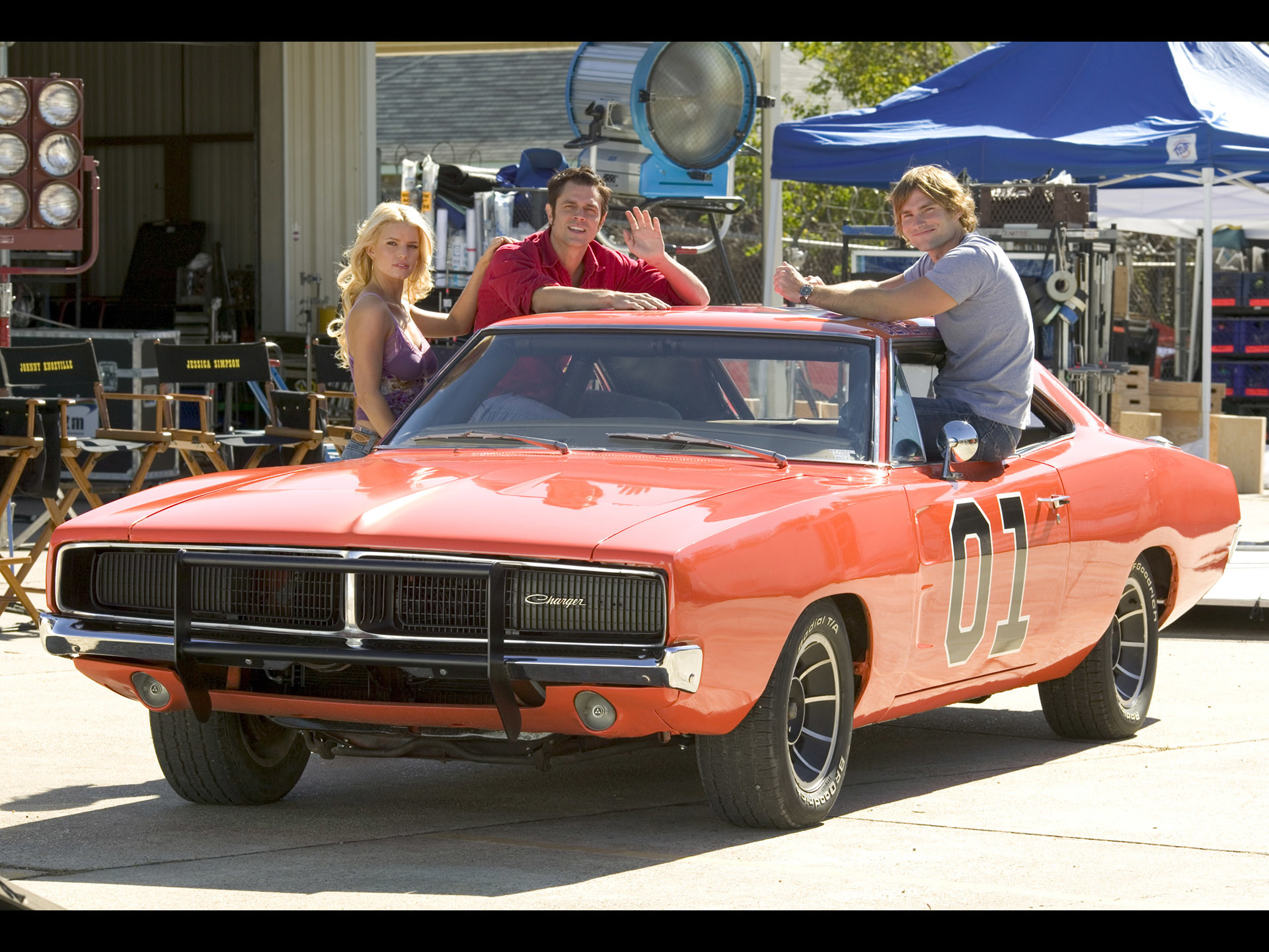 "1920x1440 1969 Dodge Charger - General Lee from "" The Dukes of Hazzard"" Movie -  Jessica Simpson, Johnny Knoxville & Seann William Scott -   Wallpaper"