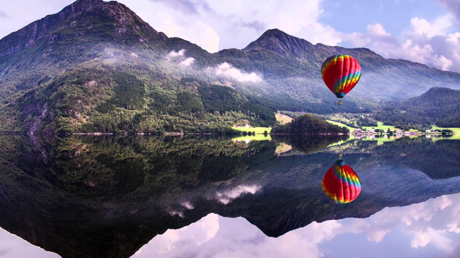 1920x1080 4K ULTRA HD Baloon, Lake, Mountains