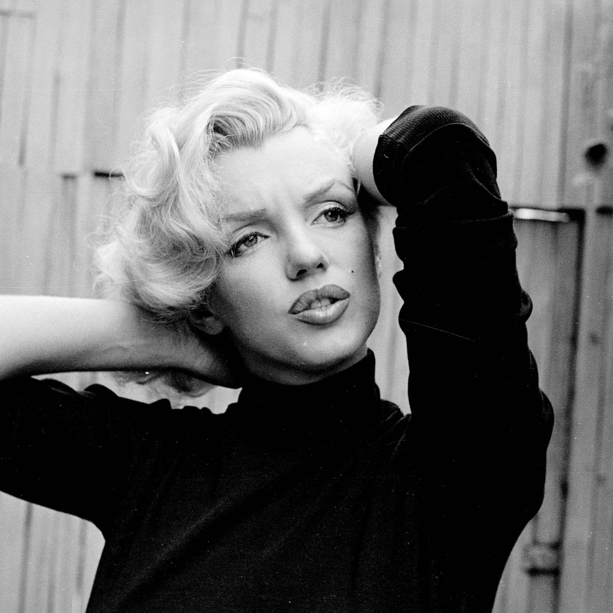 2048x2048 Preview wallpaper marilyn monroe, singer, actress, bw