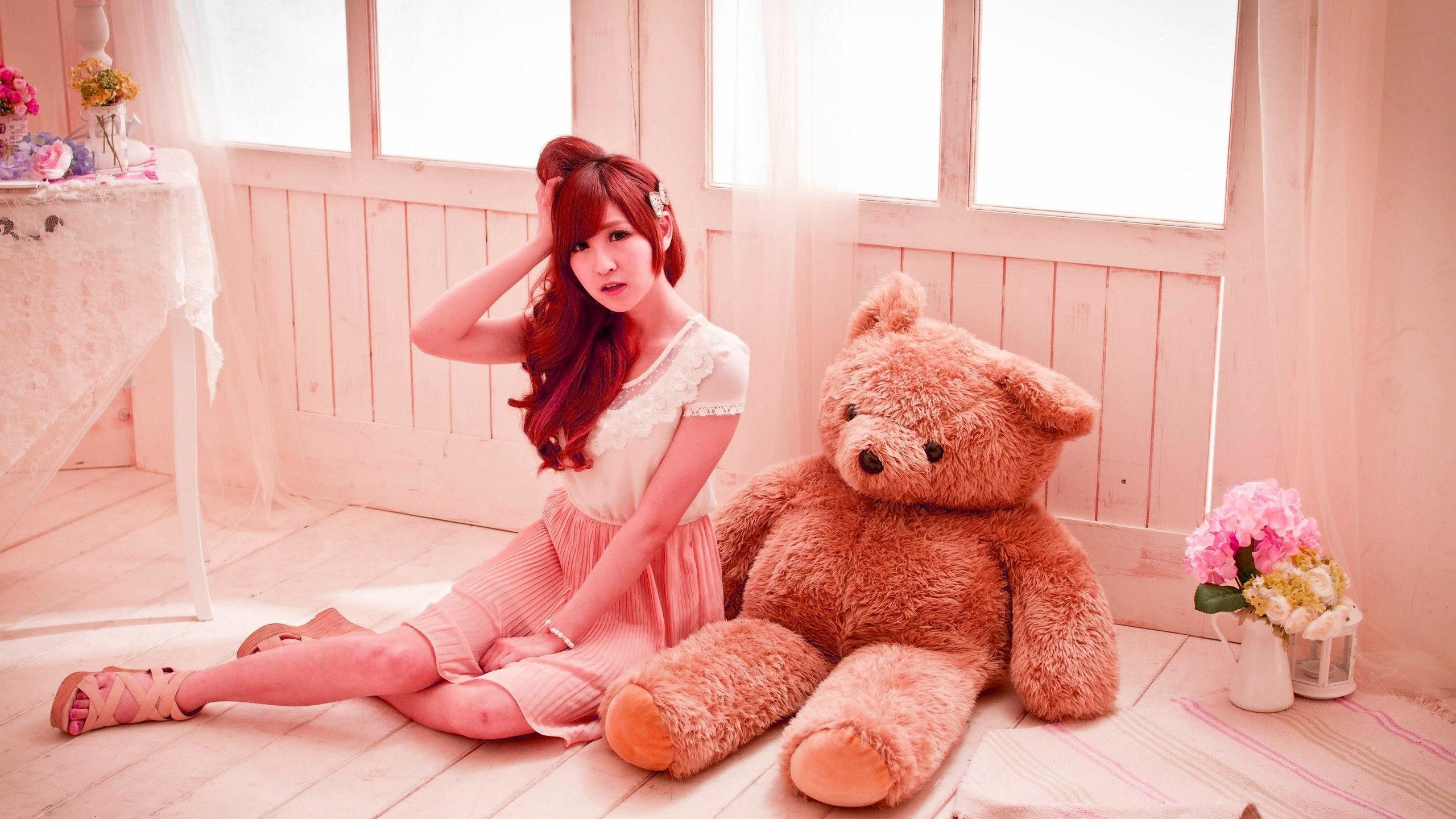 "2560x1440 Download ""Innocent girl and the teddy "" wallpaper for mobile cell phone."