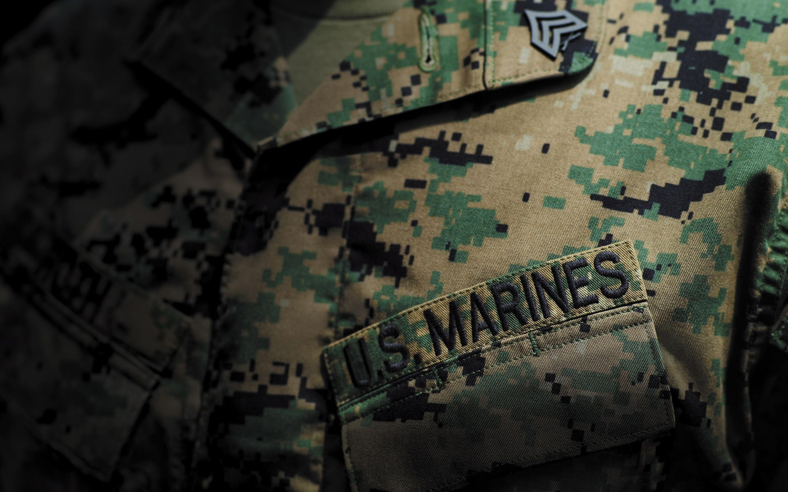 2560x1600 34 Free download this Marine Corps Logo wallpapersfor your desktop .