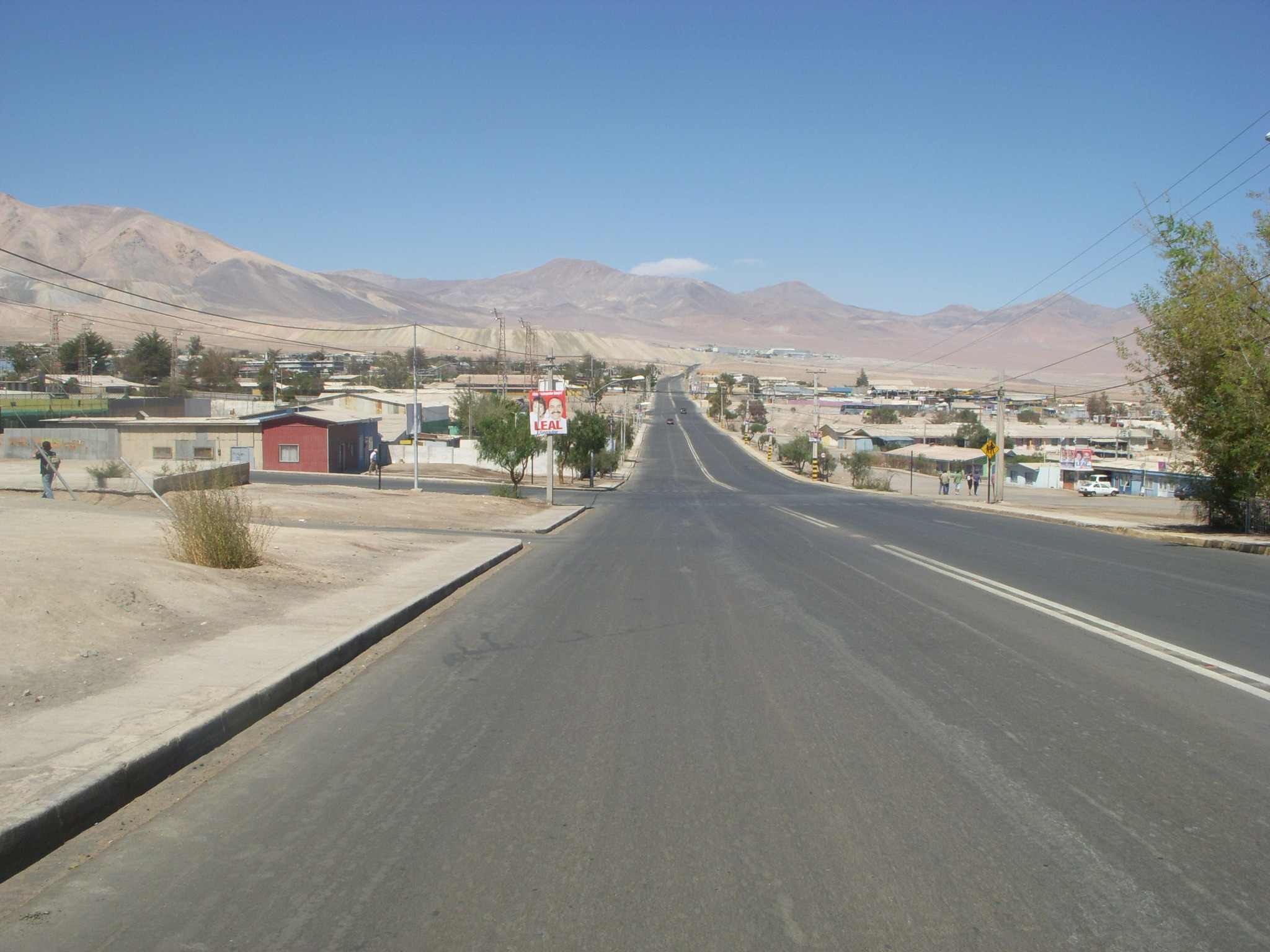 2048x1536 File:El Salvador, Chile 4.jpg