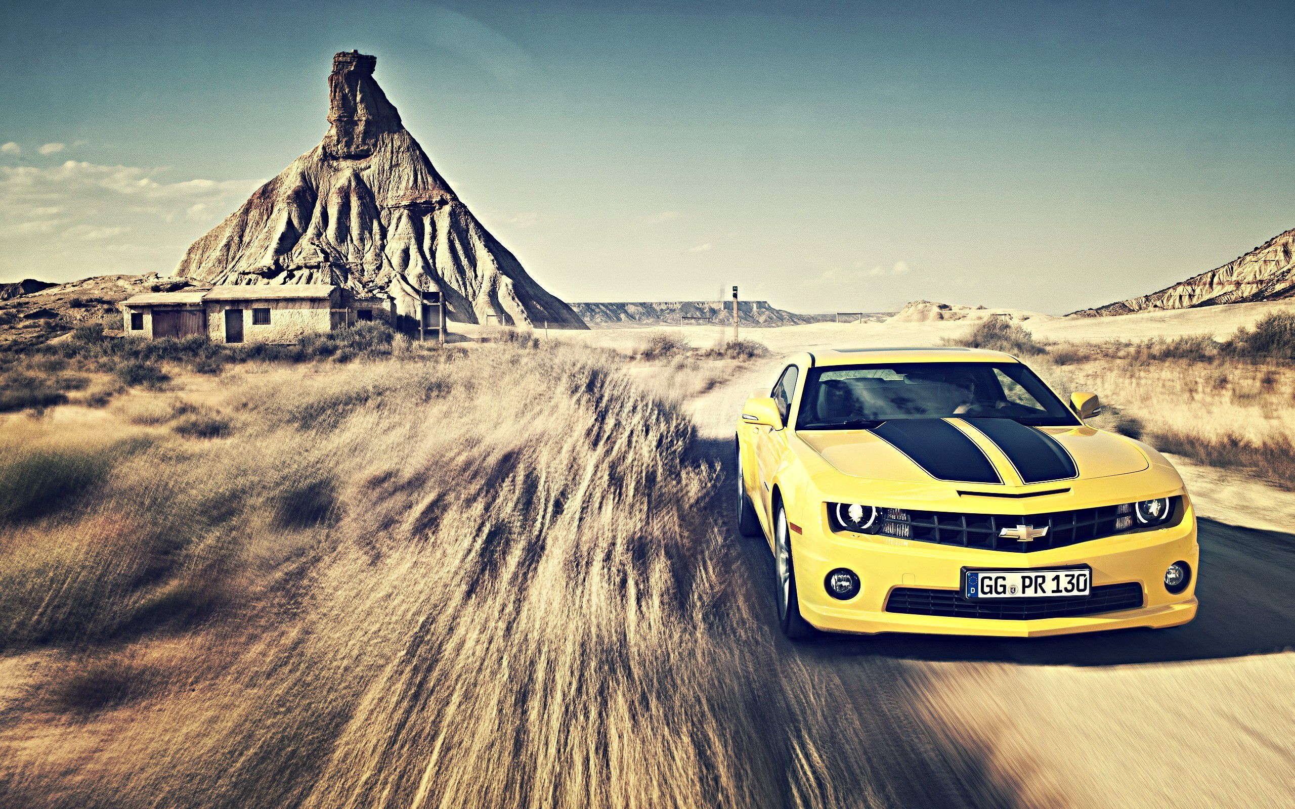 2560x1600 Yellow Chevrolet Camaro Wallpapers Wallpaper