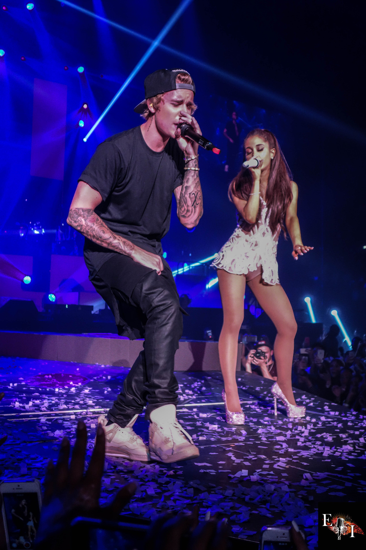 1280x1920 Ariana Grande: Performing with Justin Bieber -10 - Full Size