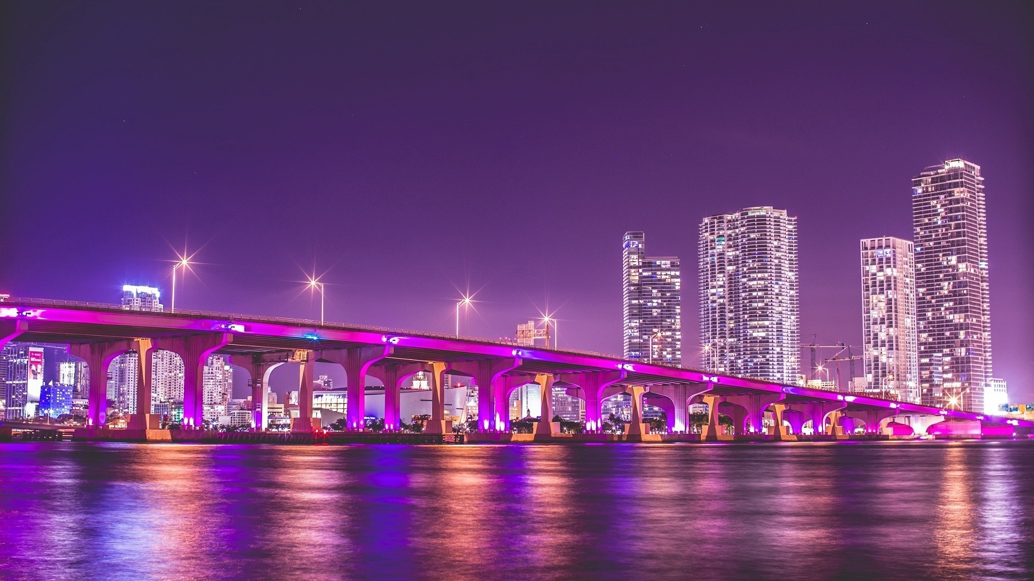 2048x1152 Florida Night Vice City Bridge