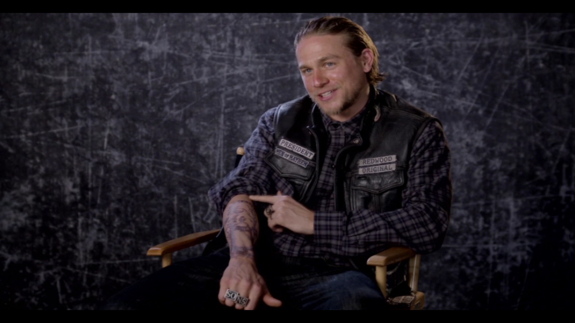 1920x1080 'Sons of Anarchy' Extra: Charlie Hunnam Almost Got One of Jax's Tattoos in  Real Life! | Entertainment Tonight