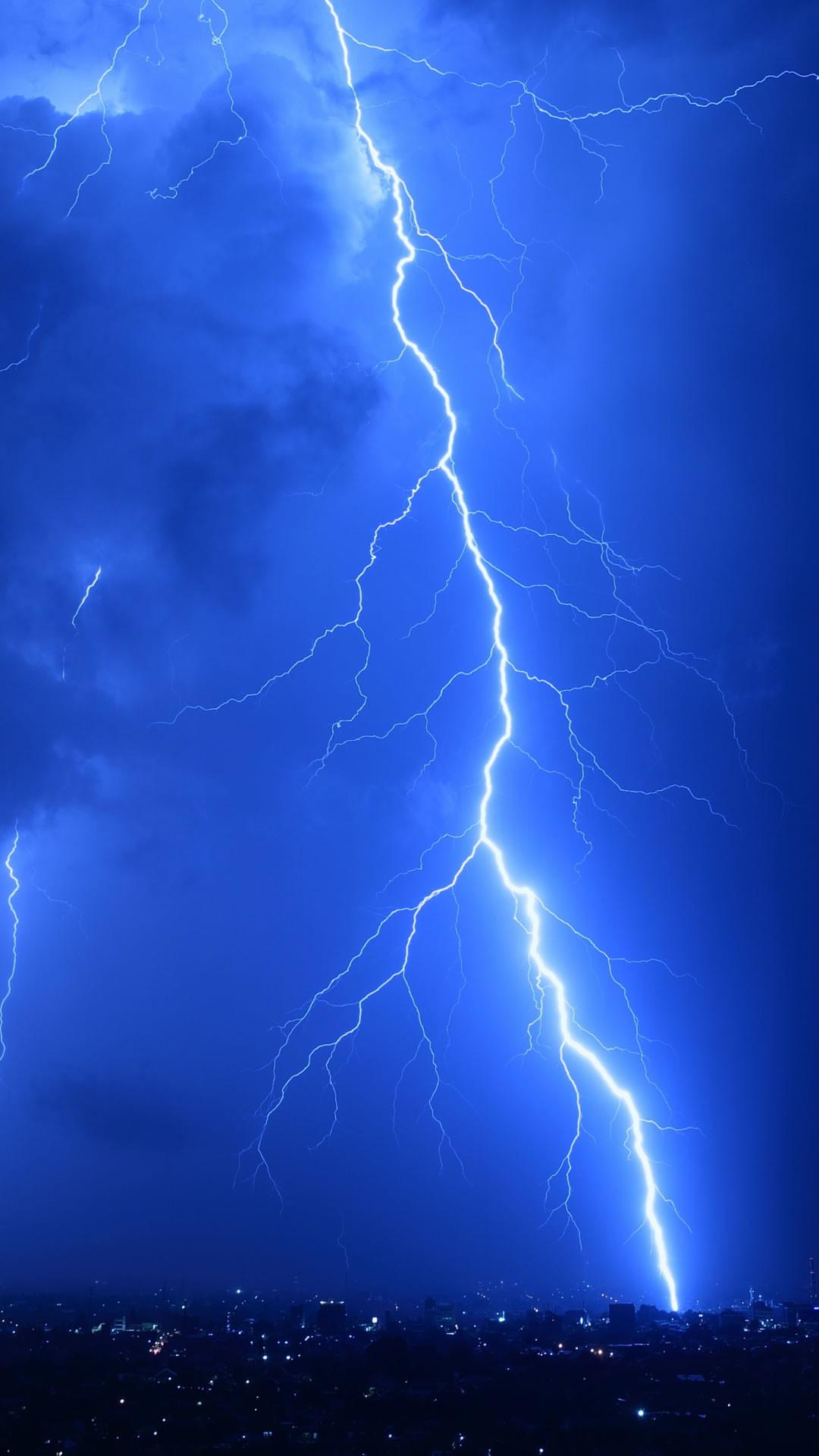 Lightning strike wallpaper 47 images - Lighting strike wallpaper ...