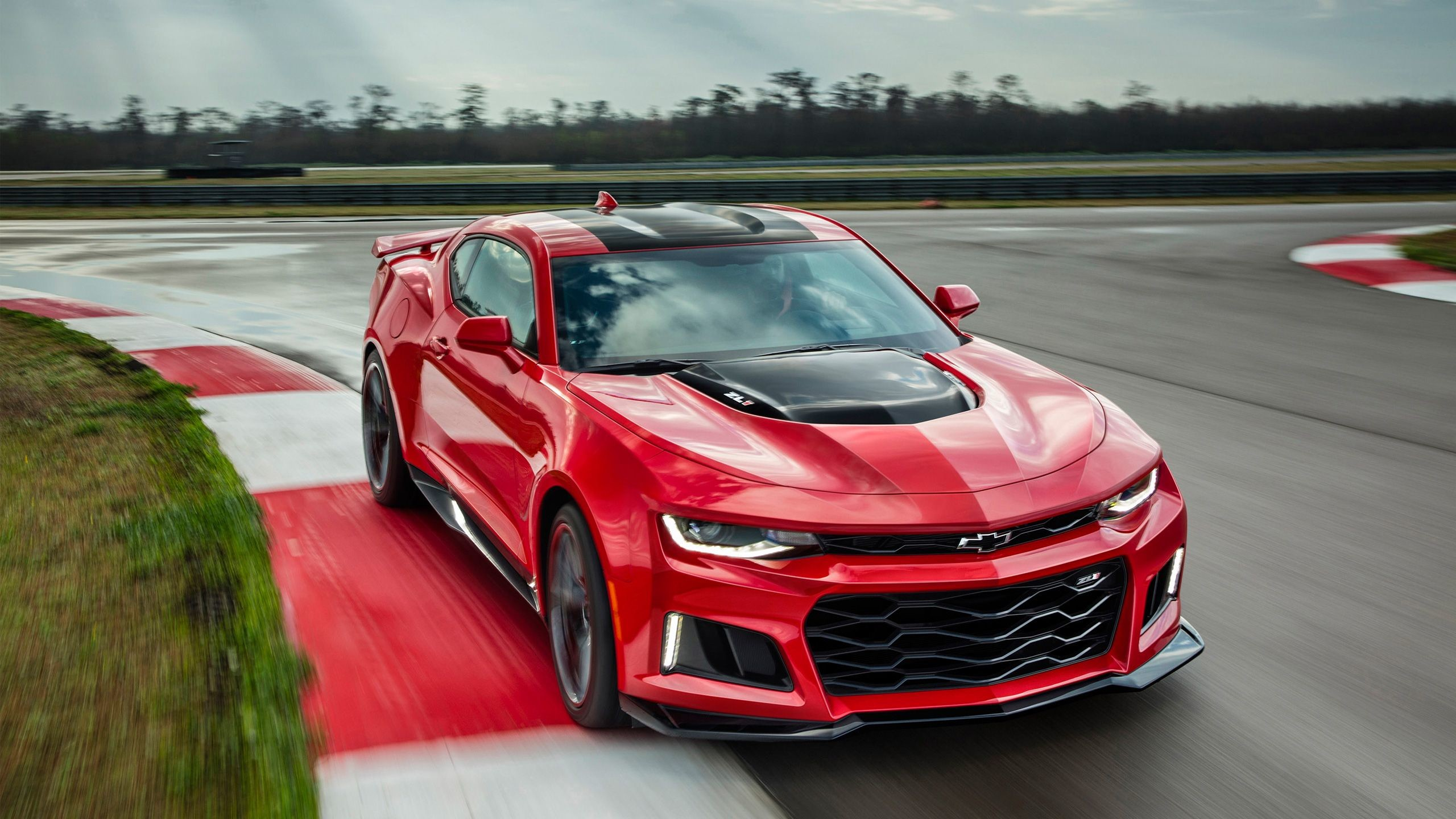 2560x1440 2017 Chevrolet Camaro ZL1 Wallpaper | HD Car Wallpapers