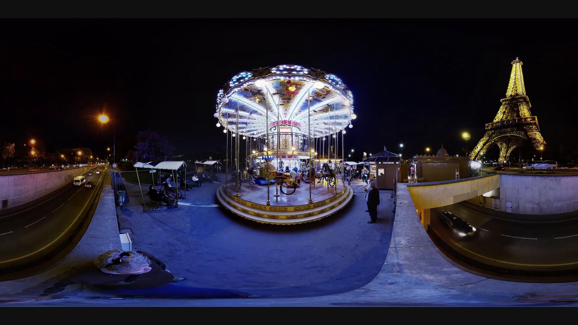 merry go round paris eiffel