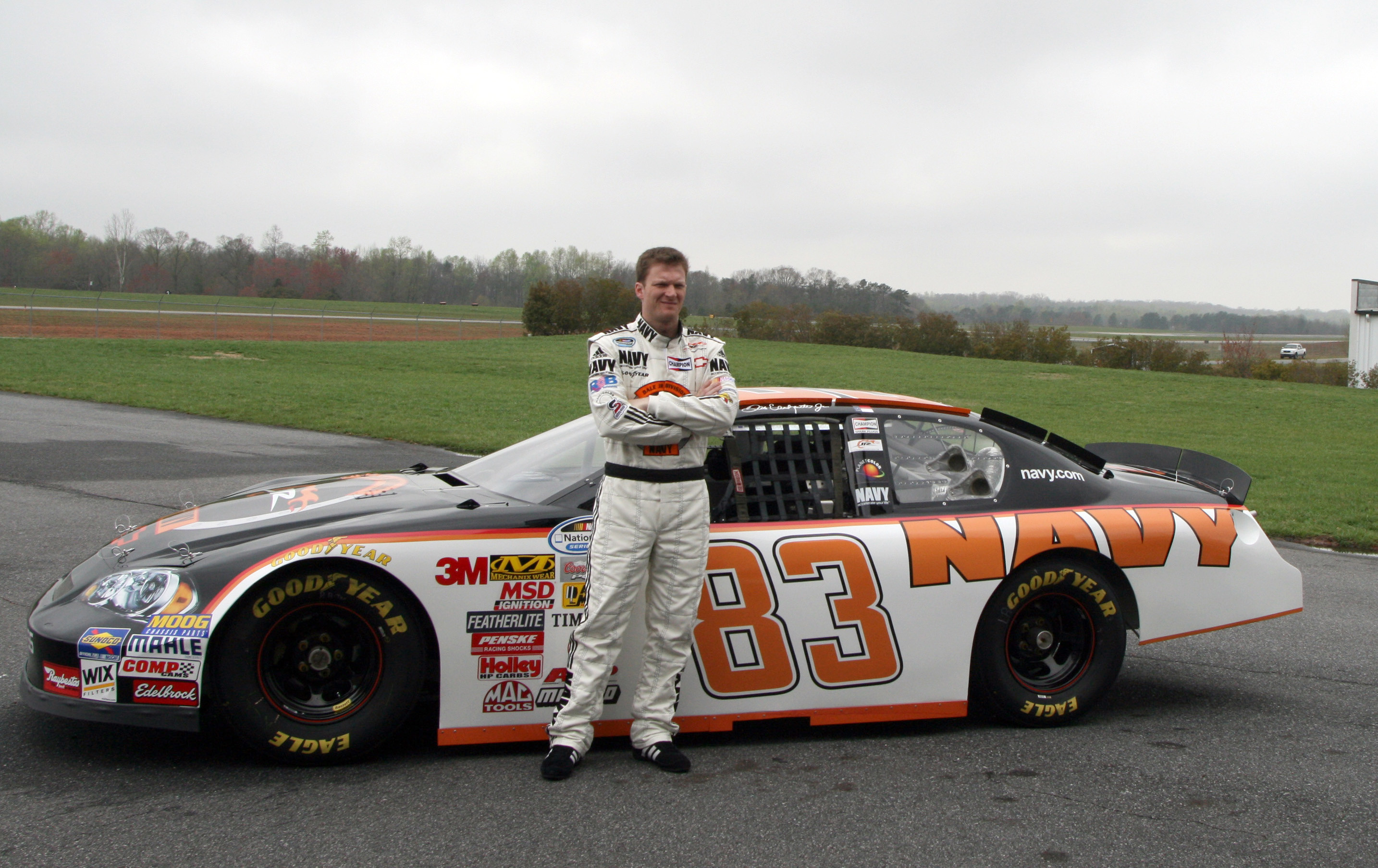 2868x1806 File:Dale Earnhardt Jr with Nationwide Series No 83 car.jpg