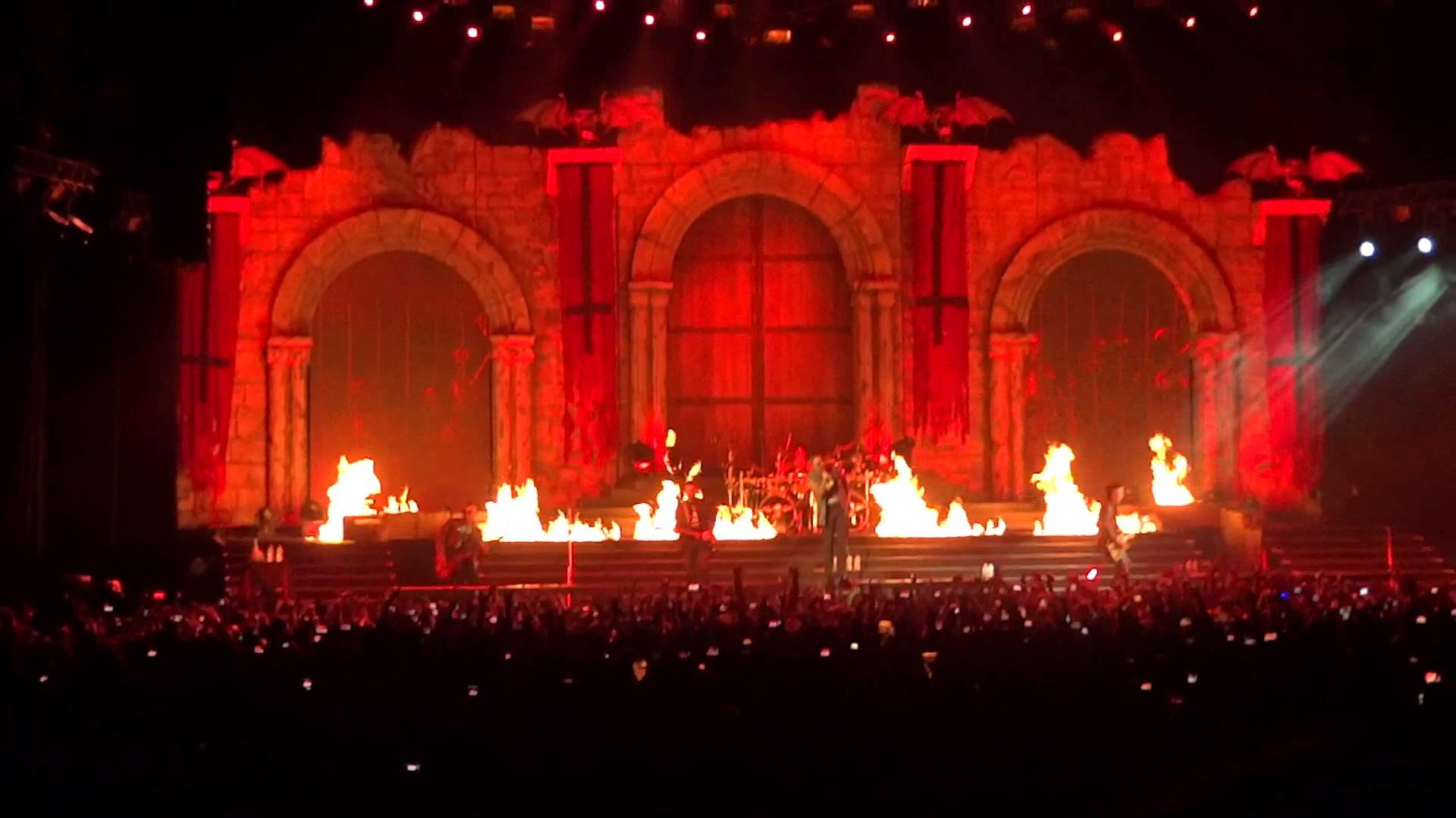 1920x1080 Avenged Sevenfold - Shepherd of Fire - 2013 Tour - Chicago, IL