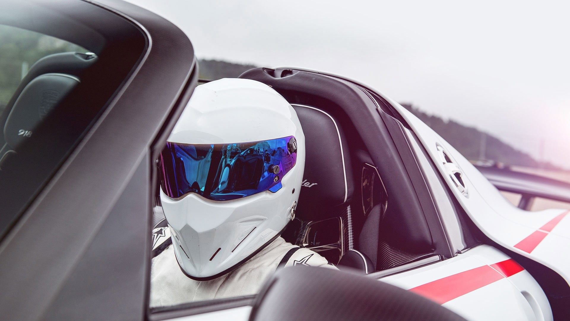 1920x1080 Men The Stig Helmet Sports Car Porsche Reflection Top Gear Porsche 918  Spyder Wallpaper