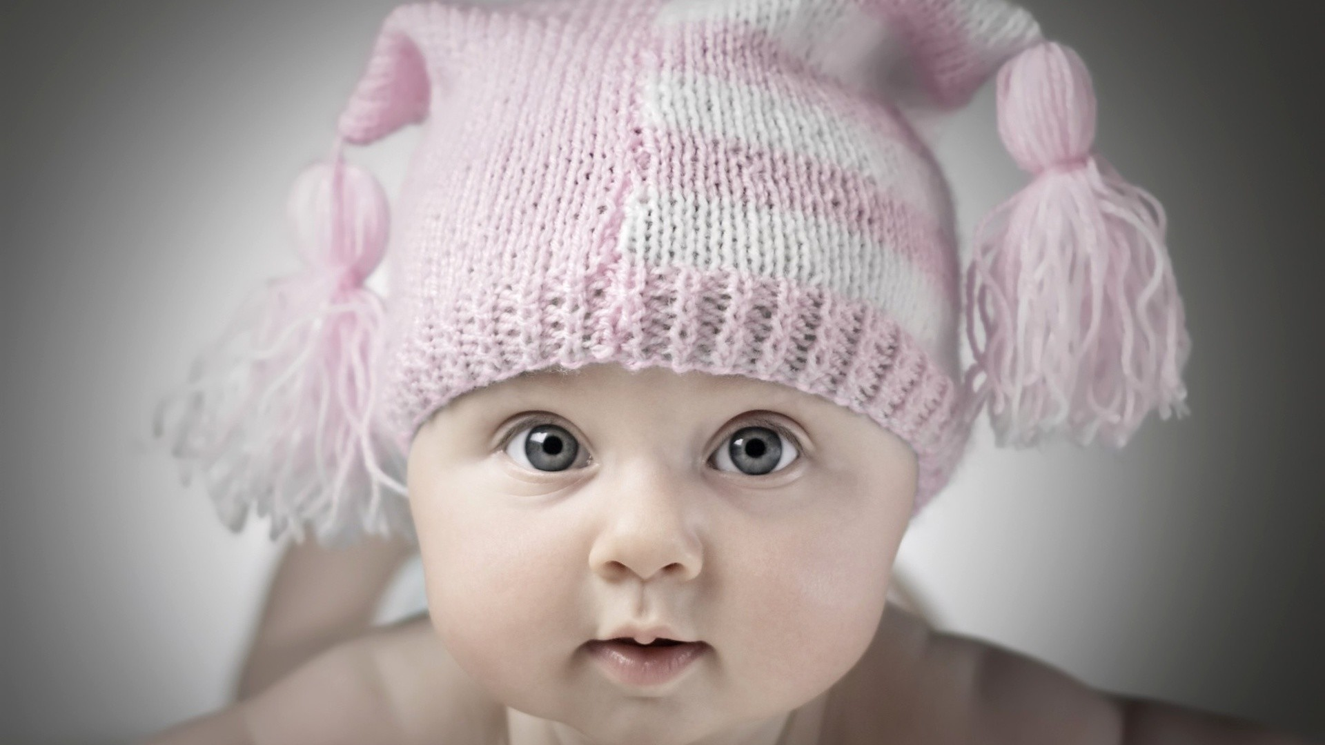 Babies Wallpapers And Screensavers 61 Images